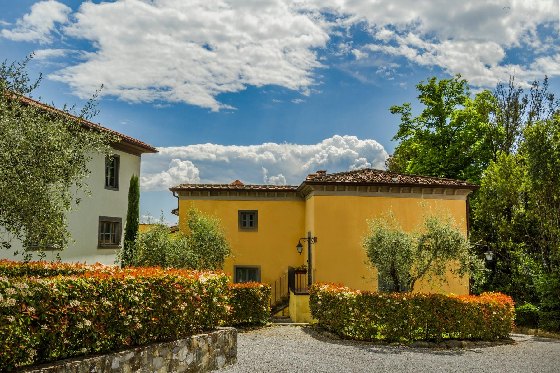 Luxury apartment in exclusive resort with historic villa on the  hills of Lucca - 9