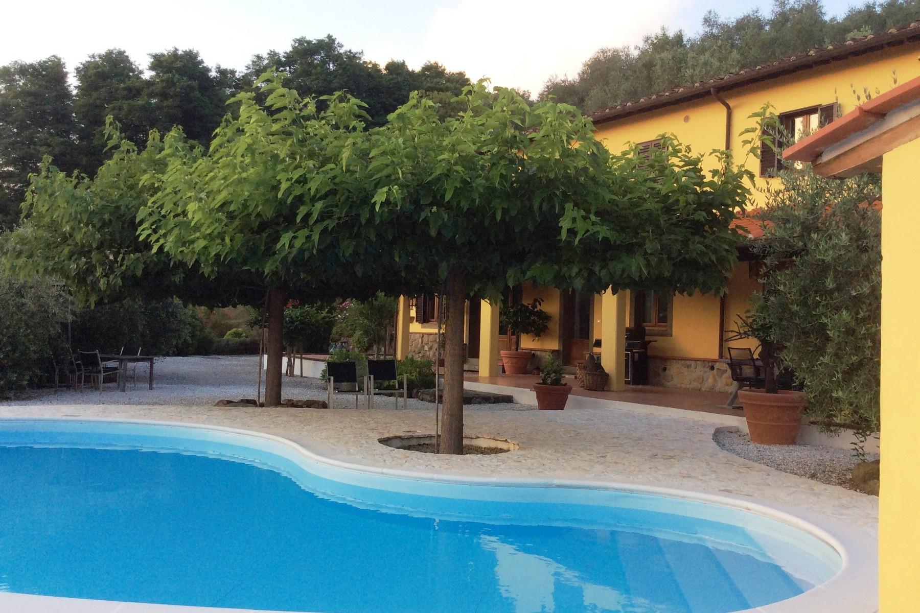 Toskanisches Bauernhaus mit Pool auf den ersten Hügeln von Pescia - 17