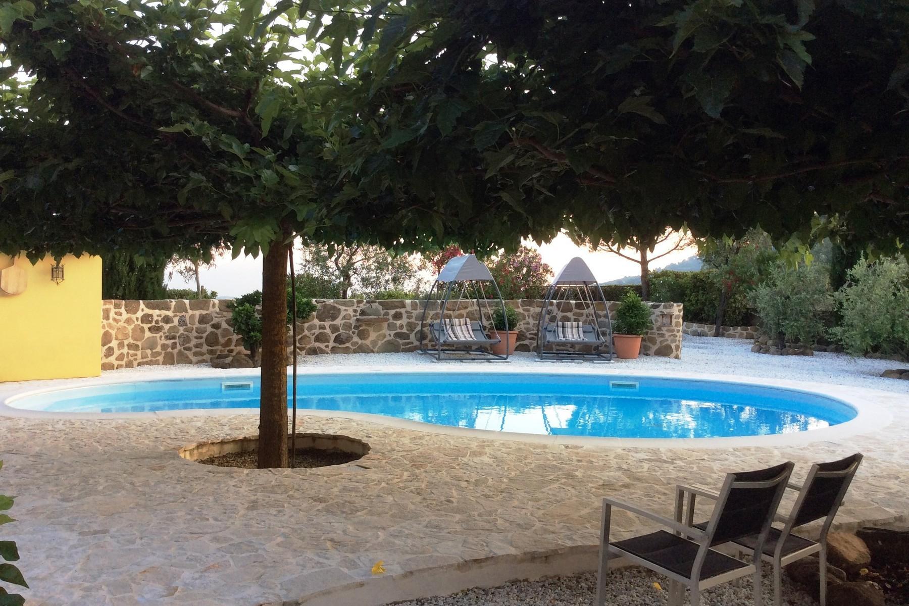 Toskanisches Bauernhaus mit Pool auf den ersten Hügeln von Pescia - 18