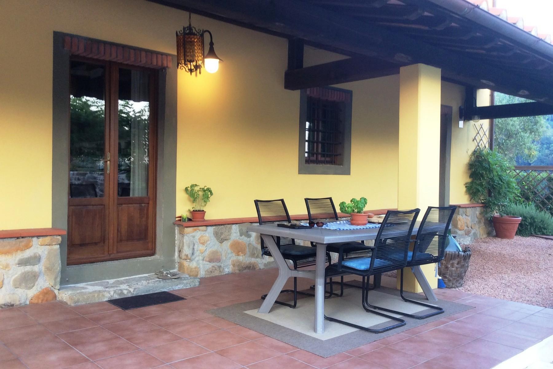 Villa avec piscine sur les collines de Pescia - 14