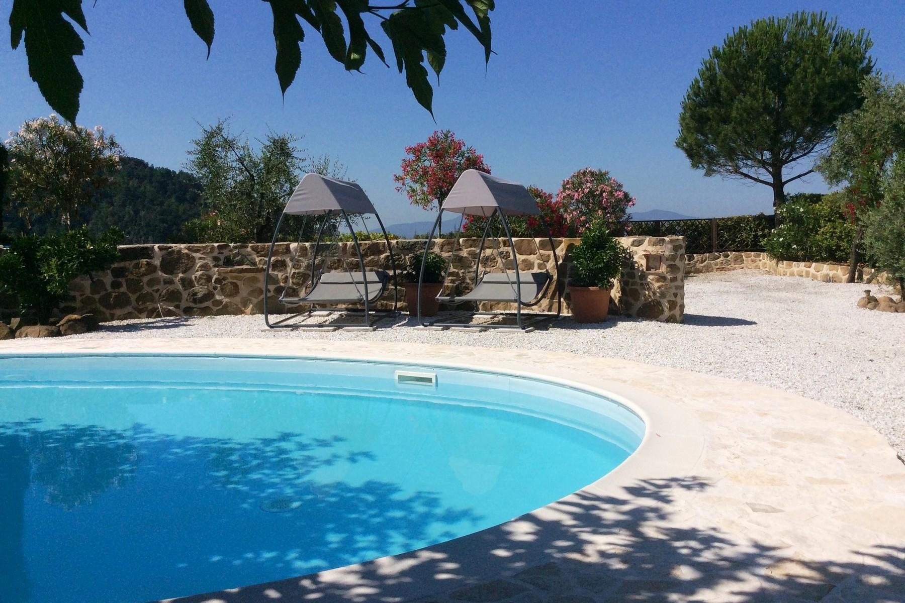Toskanisches Bauernhaus mit Pool auf den ersten Hügeln von Pescia - 23
