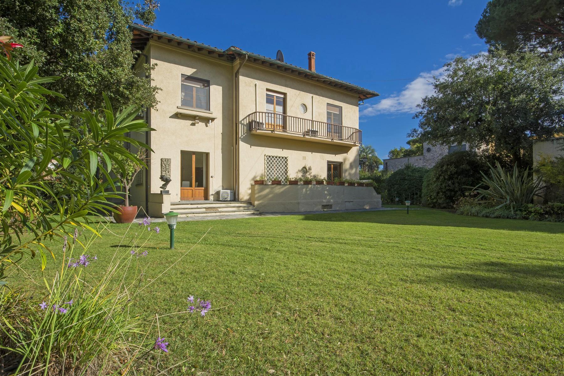 坐落于Forte dei Marmi的绝妙别墅 - 1