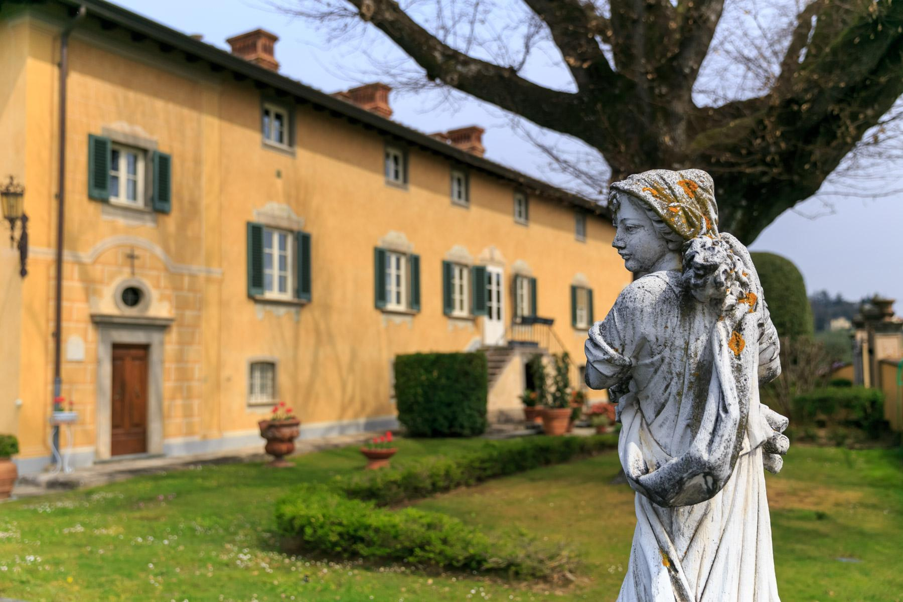 Majestic XVII century villa on the hills of Lucca - 2