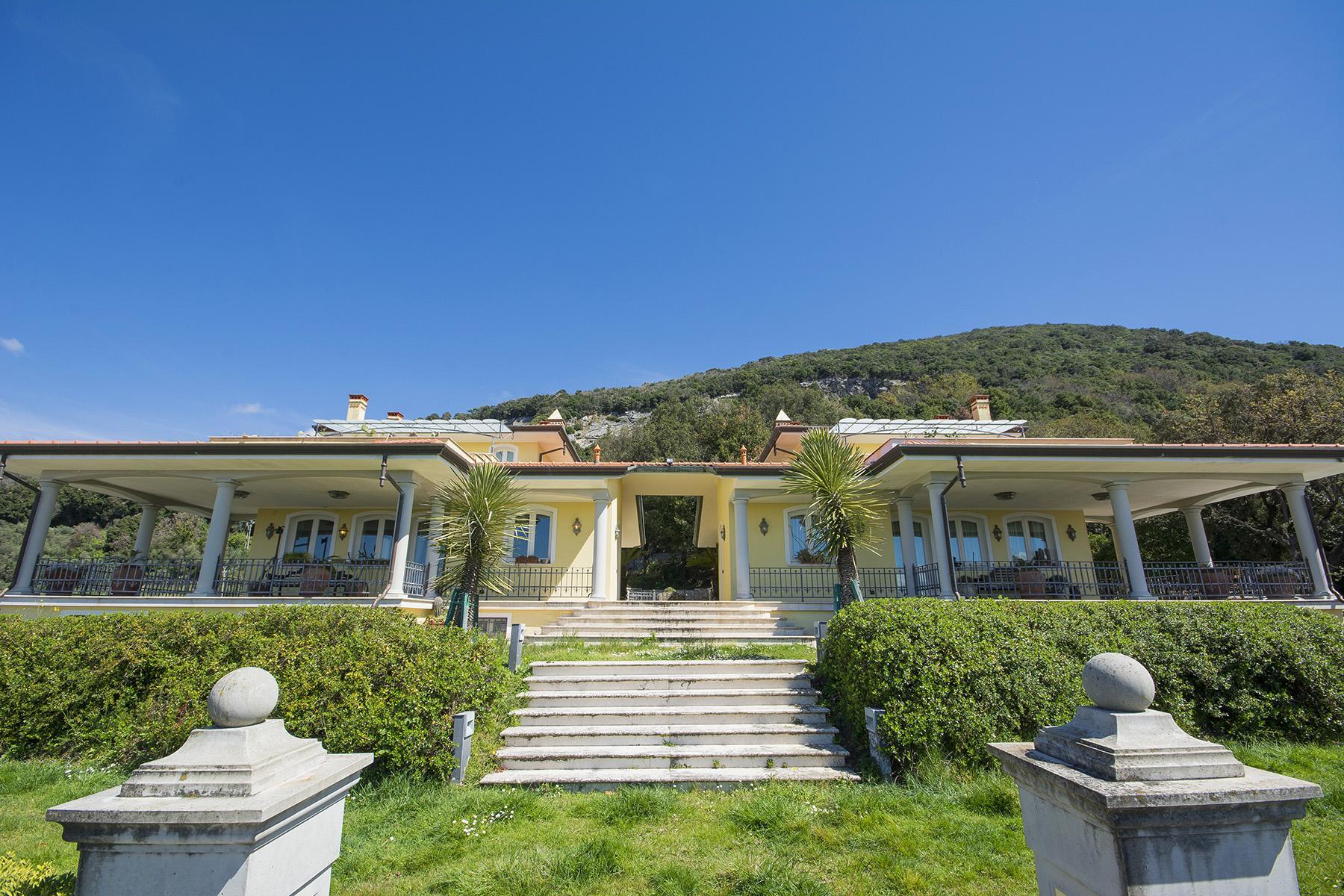 Wunderschöne moderne Villa im Herzen von der Versilia - 30