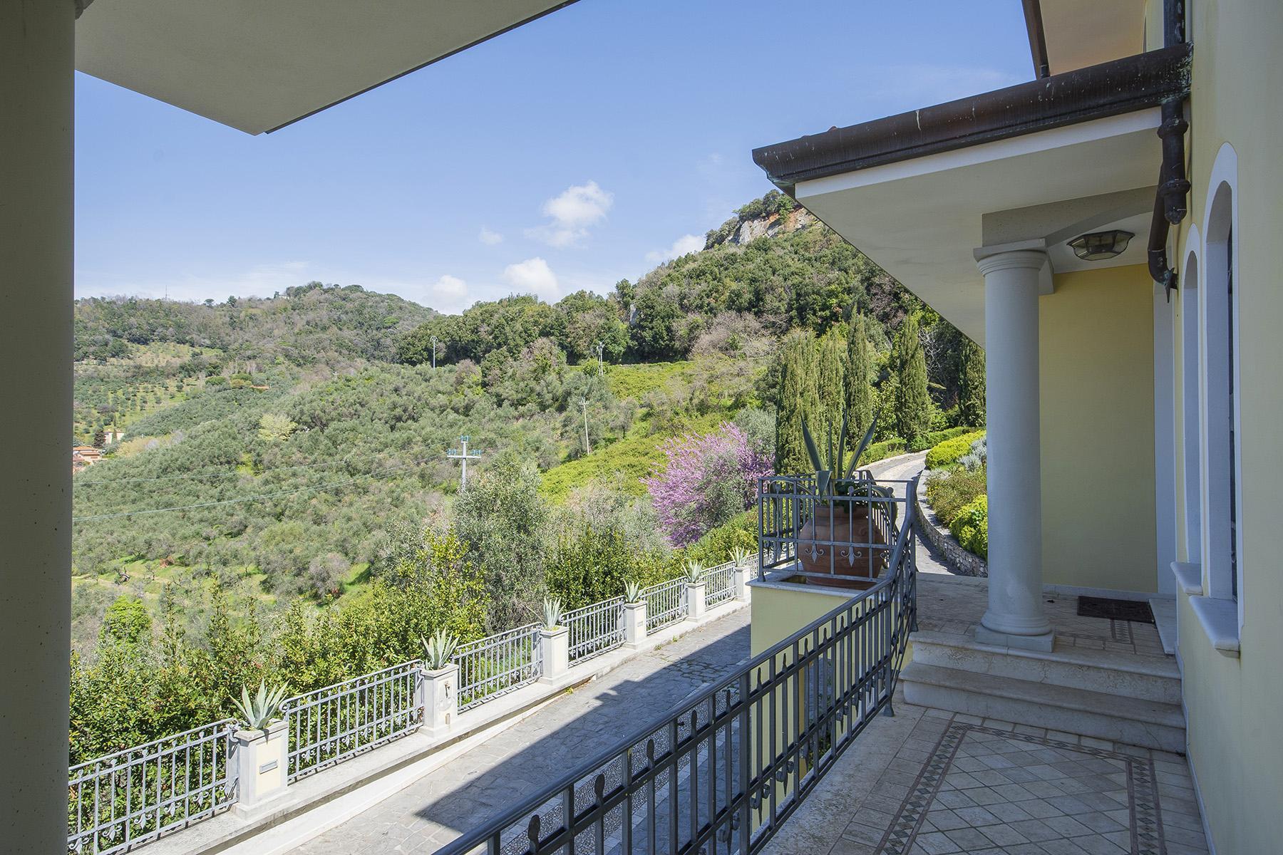 Wunderschöne moderne Villa im Herzen von der Versilia - 32
