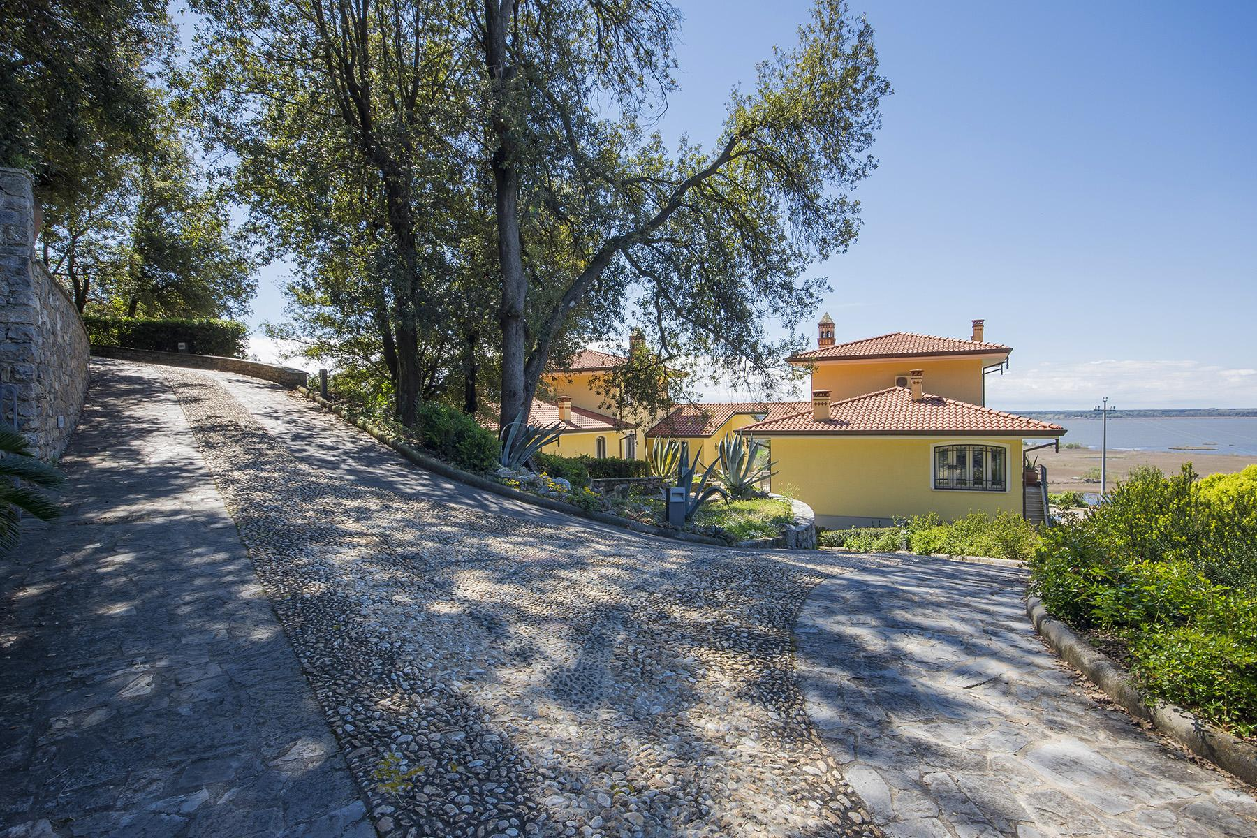 Wonderful  modern villa in the heart of Versilia - 33