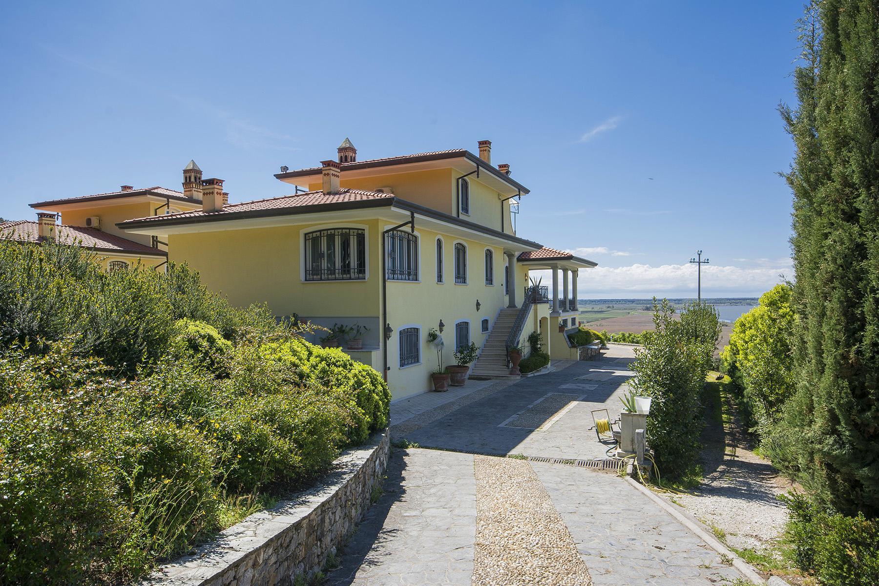 Wunderschöne moderne Villa im Herzen von der Versilia - 34