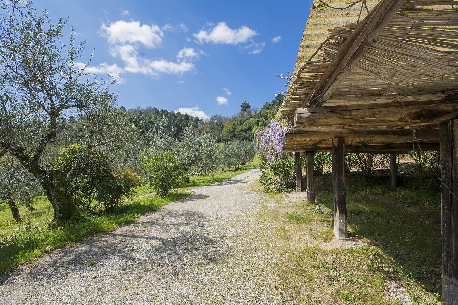 Casale sulle colline di Lucchesi - 15