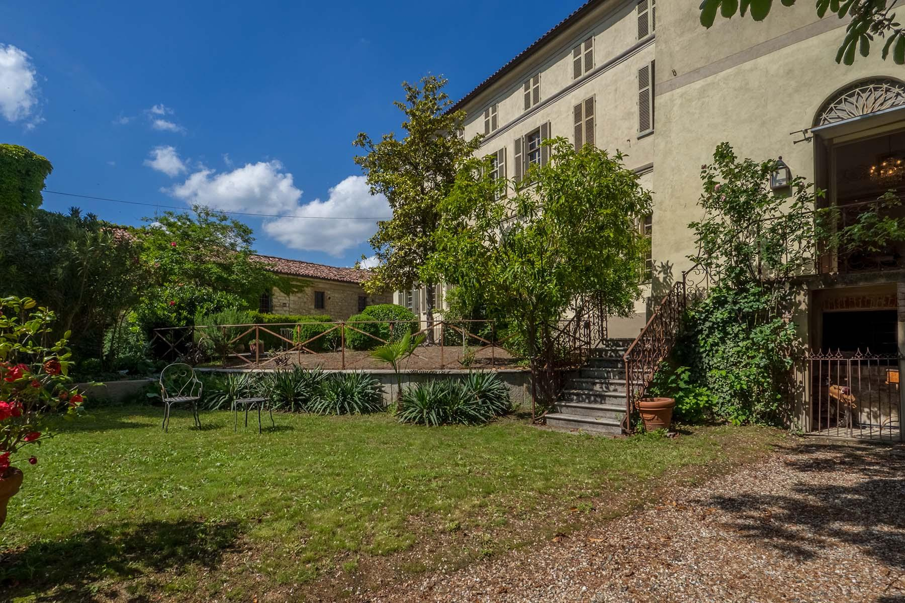 Enchanting historical villa in the heart of the Monferrato region - 12