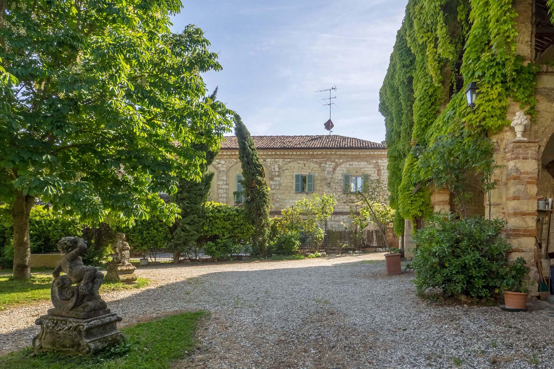 Enchanting historical villa in the heart of the Monferrato region - 30