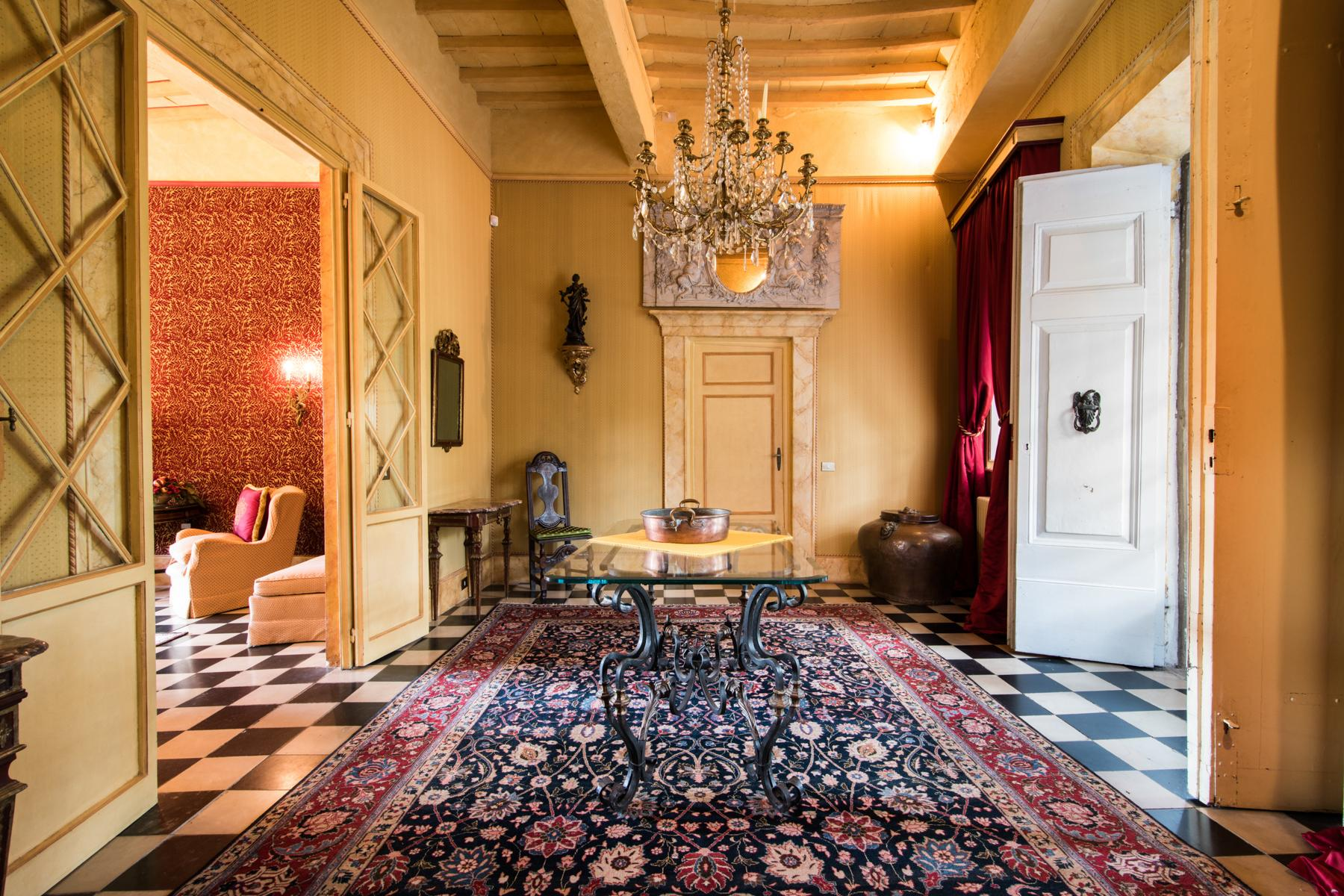 Marvelous villa in the countryside of Lucca - 5
