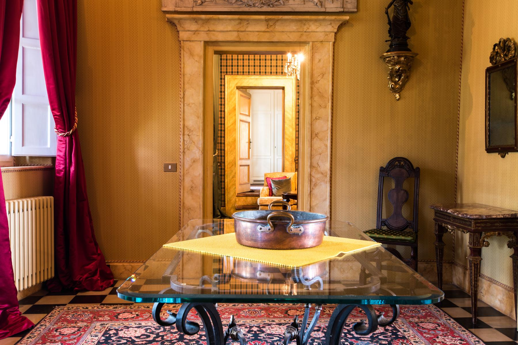 Marvelous villa in the countryside of Lucca - 6