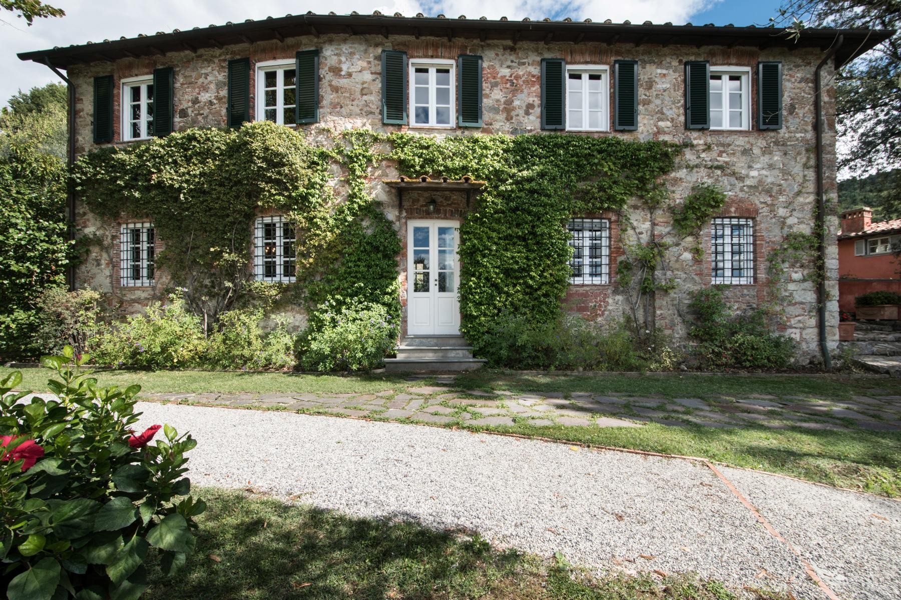 Marvelous villa in the countryside of Lucca - 34