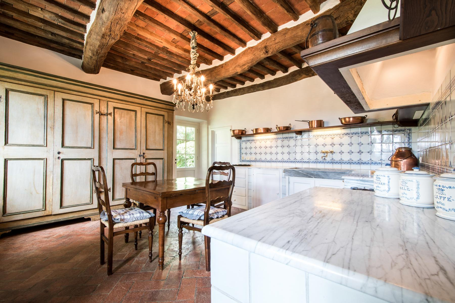 Marvelous villa in the countryside of Lucca - 21