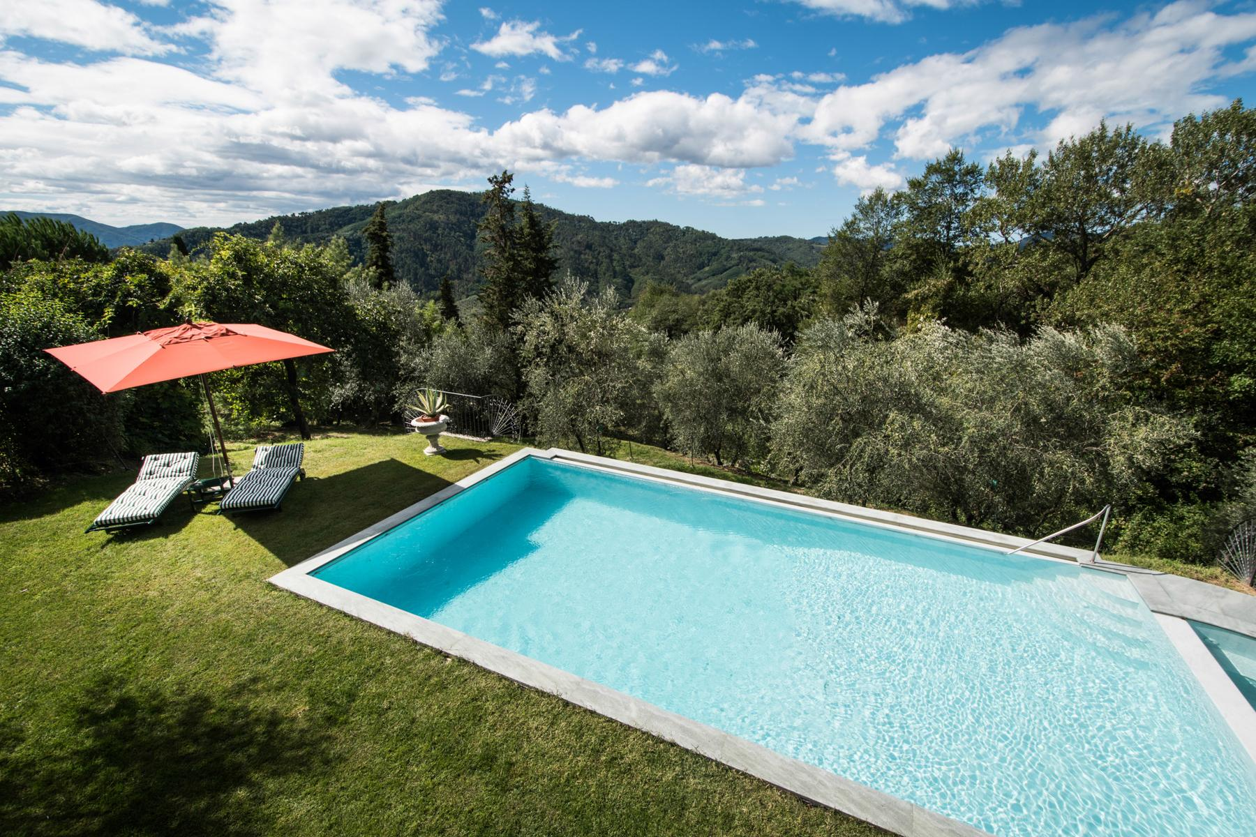 Marvelous villa in the countryside of Lucca - 24