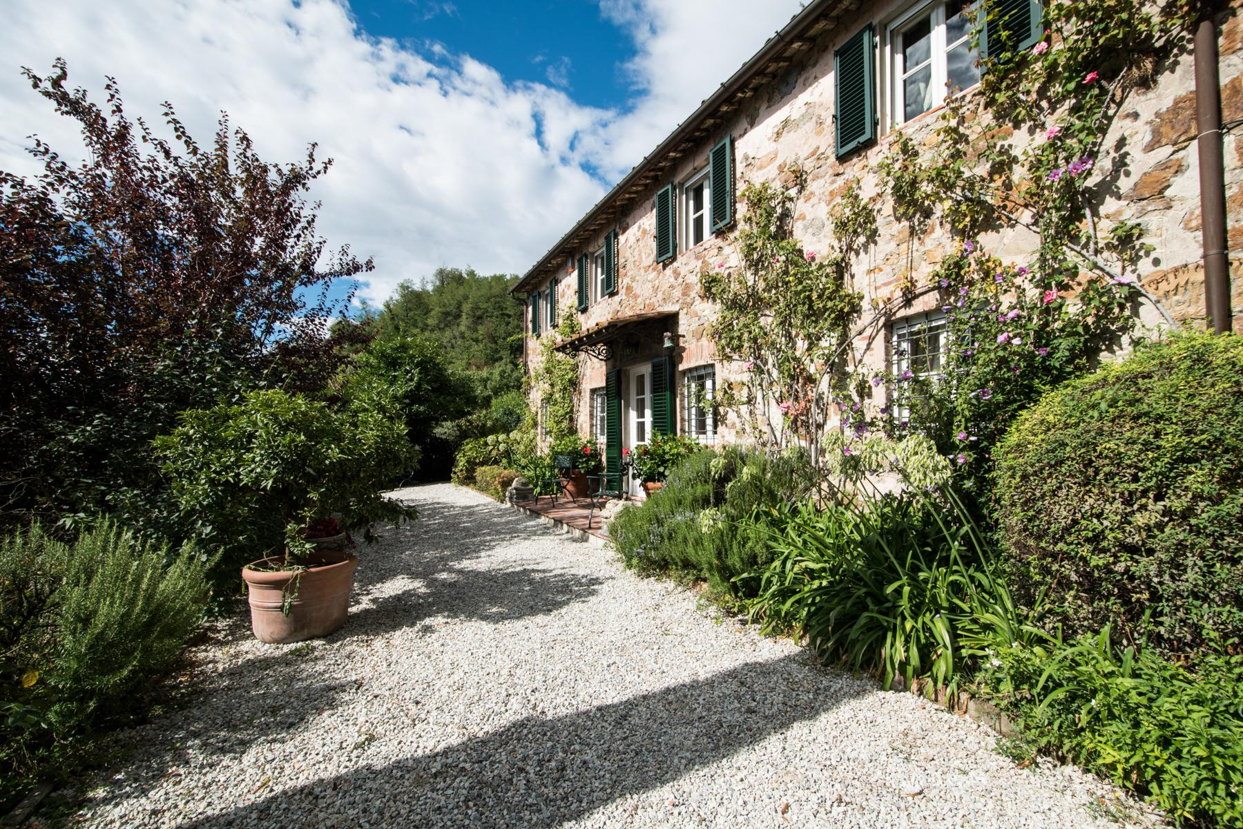 Marvelous villa in the countryside of Lucca - 27