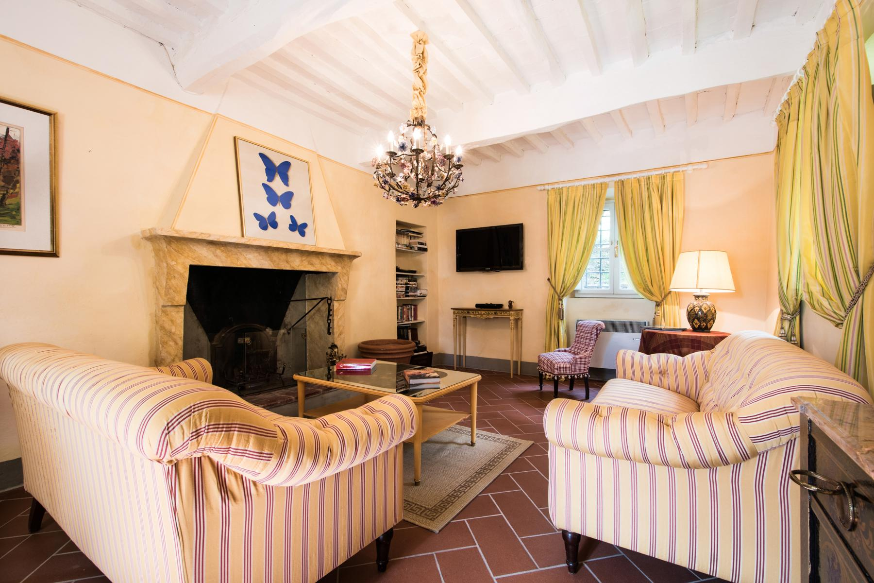 Marvelous villa in the countryside of Lucca - 28