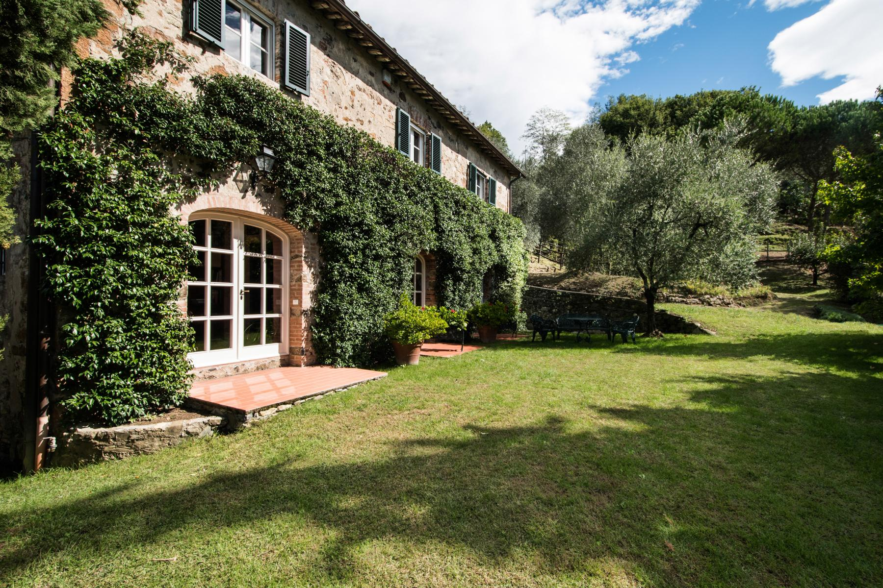 Marvelous villa in the countryside of Lucca - 43