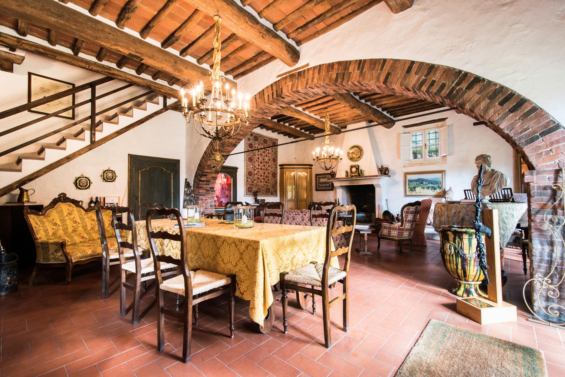 Marvelous villa in the countryside of Lucca - 35