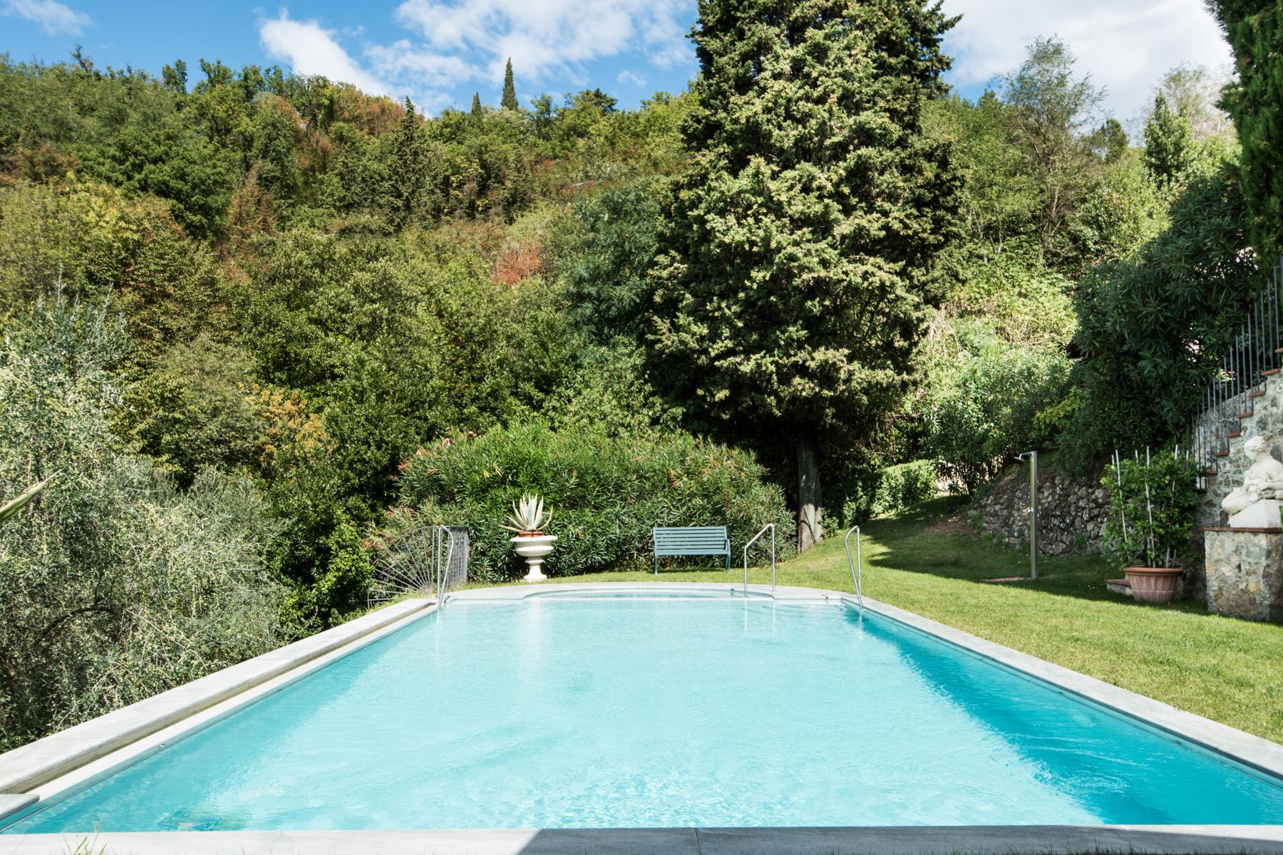 Marvelous villa in the countryside of Lucca - 39