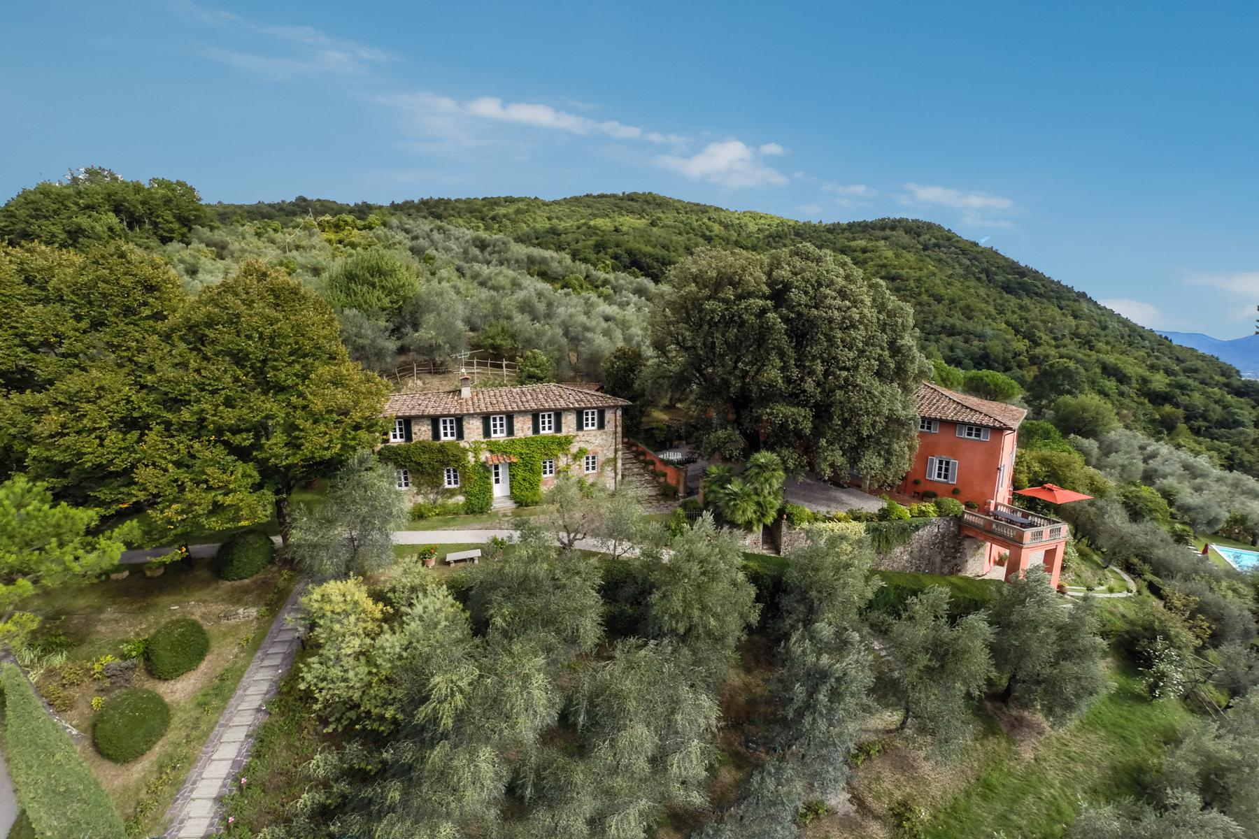 Marvelous villa in the countryside of Lucca - 44