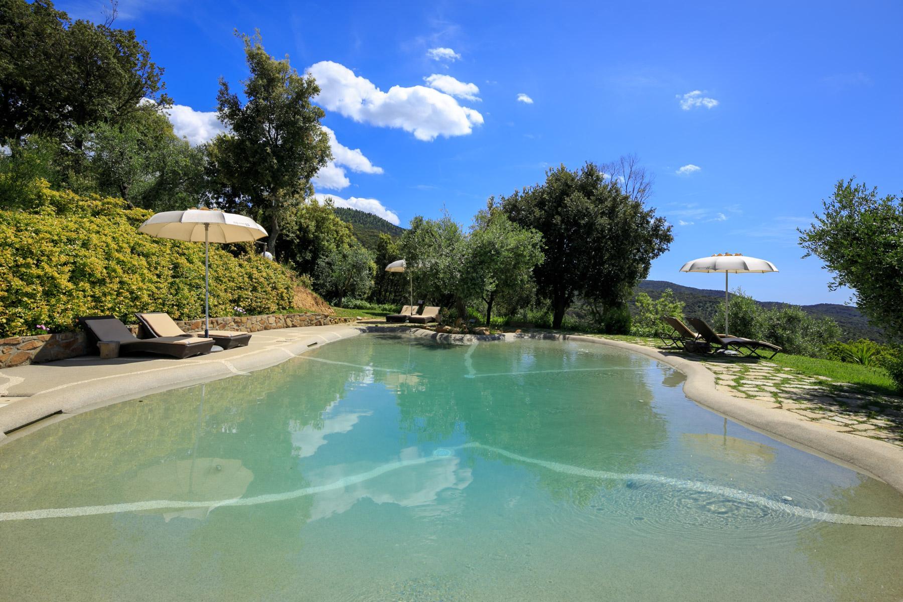 Villa et domaine avec piscine surplombant le Golfe de Scarlino - 19