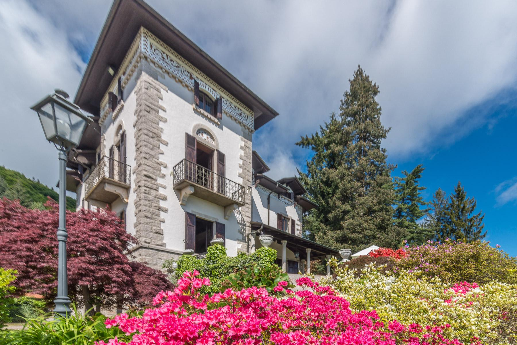 Charming historic villa on the hills of Stresa - 3