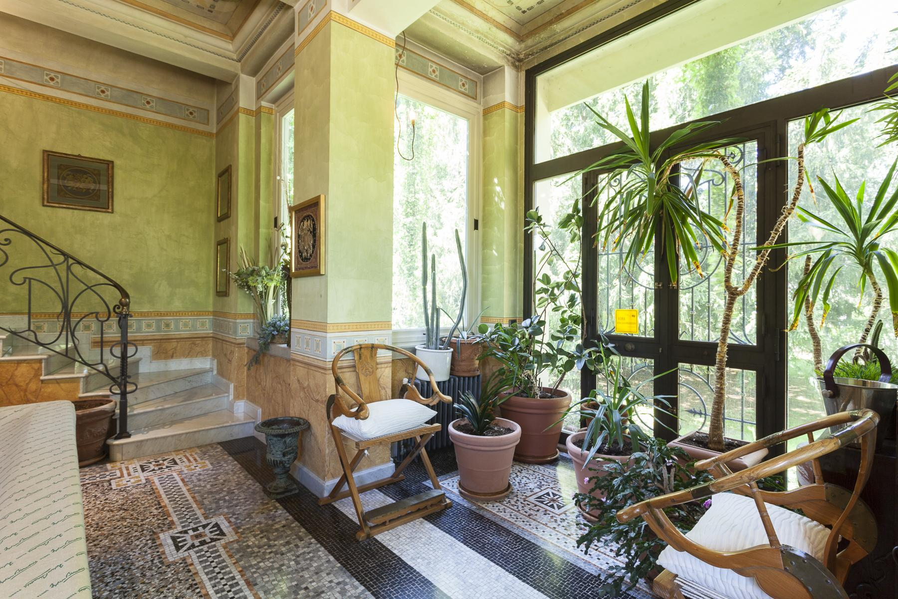 Elegant Art Nouveau villa with private park - 16