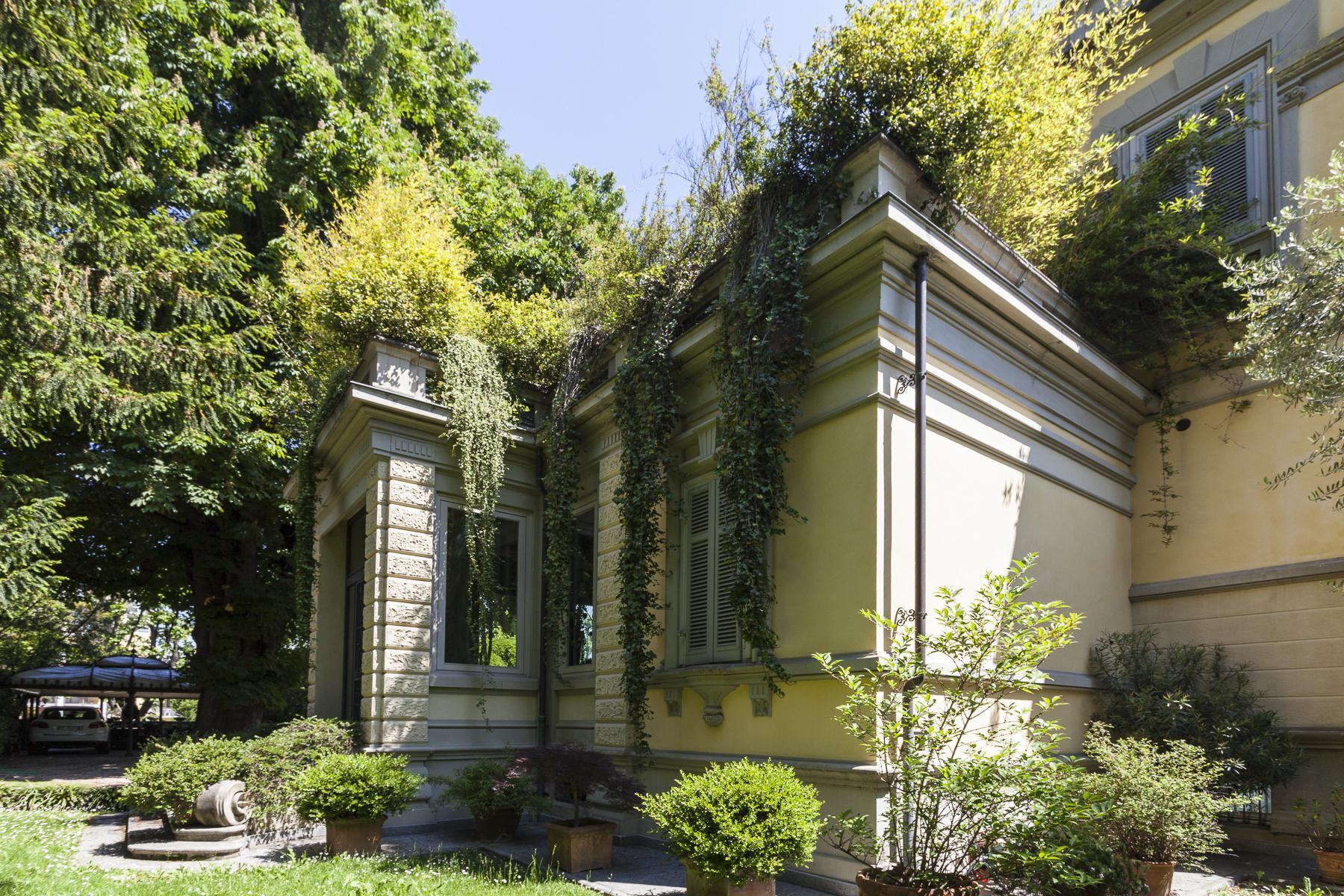Элегантная вилла в стиле модерн с частным парком - 33