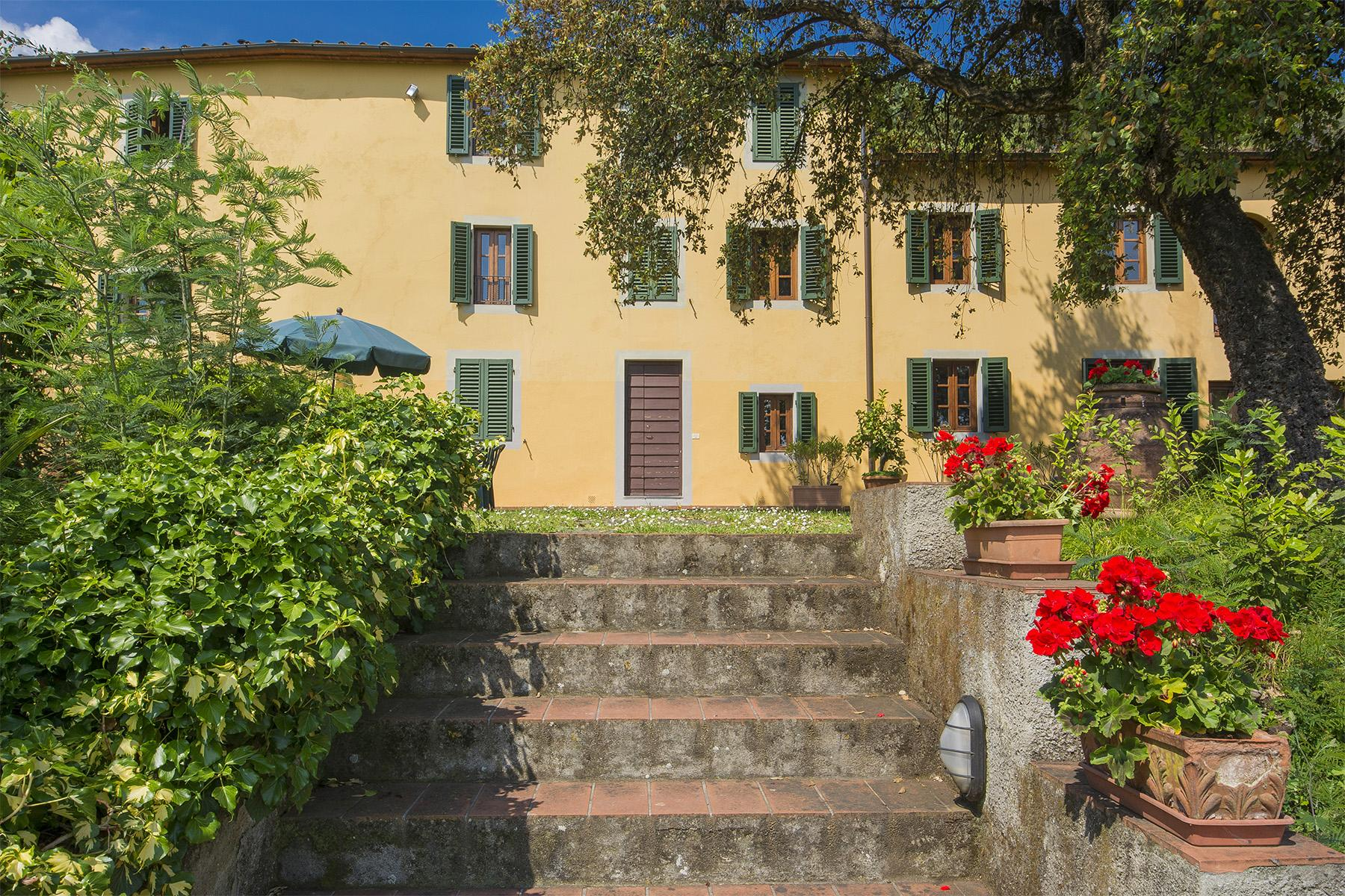 Beautiful country house in the hills of Pescia - 1