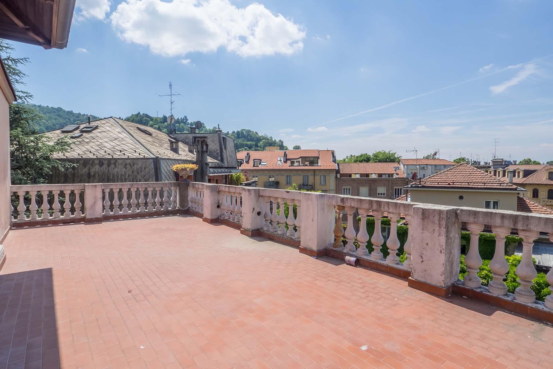 Charmante Penthouse mit Terrassen im Crimea Stadtviertel - 13