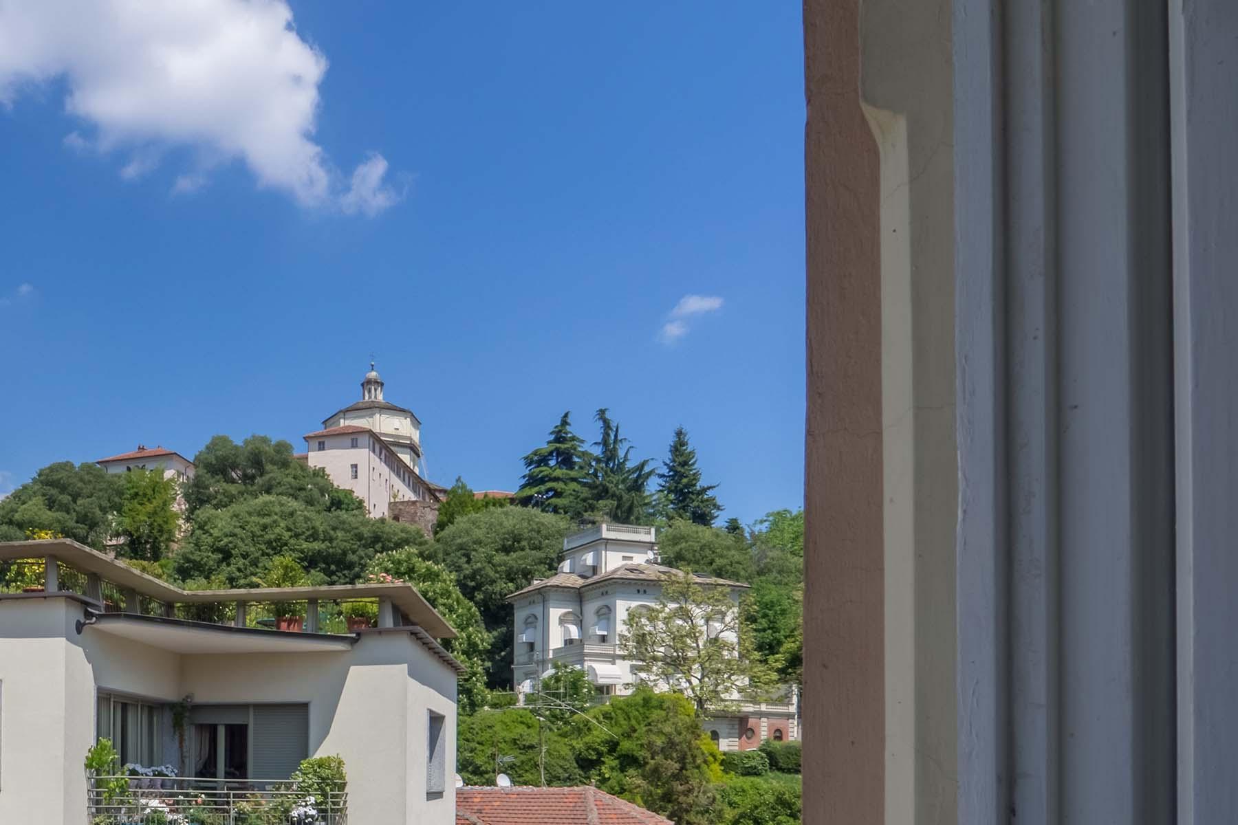 Charmante Penthouse mit Terrassen im Crimea Stadtviertel - 16