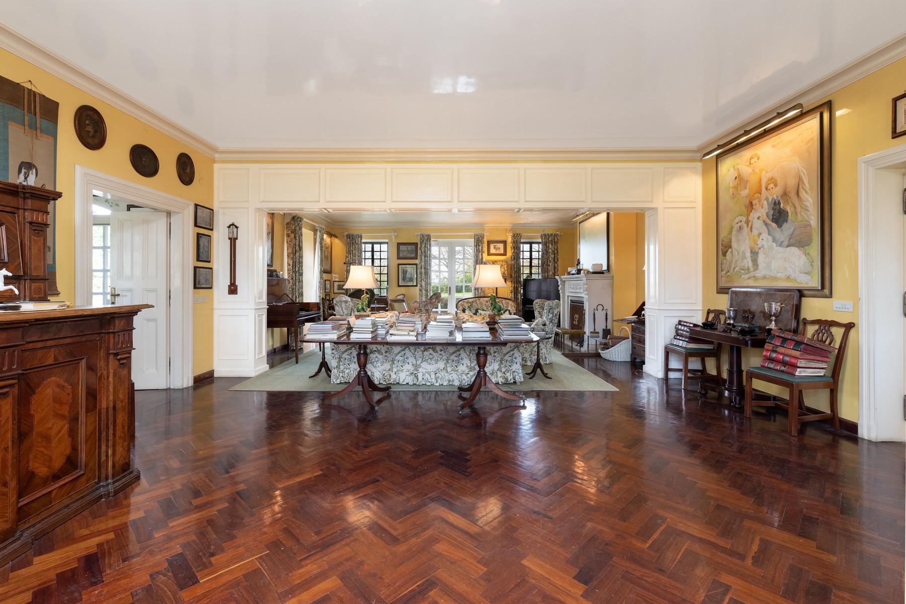 Villa de luxe dans le quartier exclusif