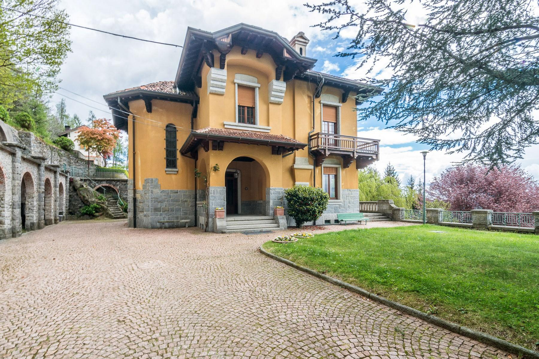 Villa storica in parco centenario sul lago Maggiore - 7