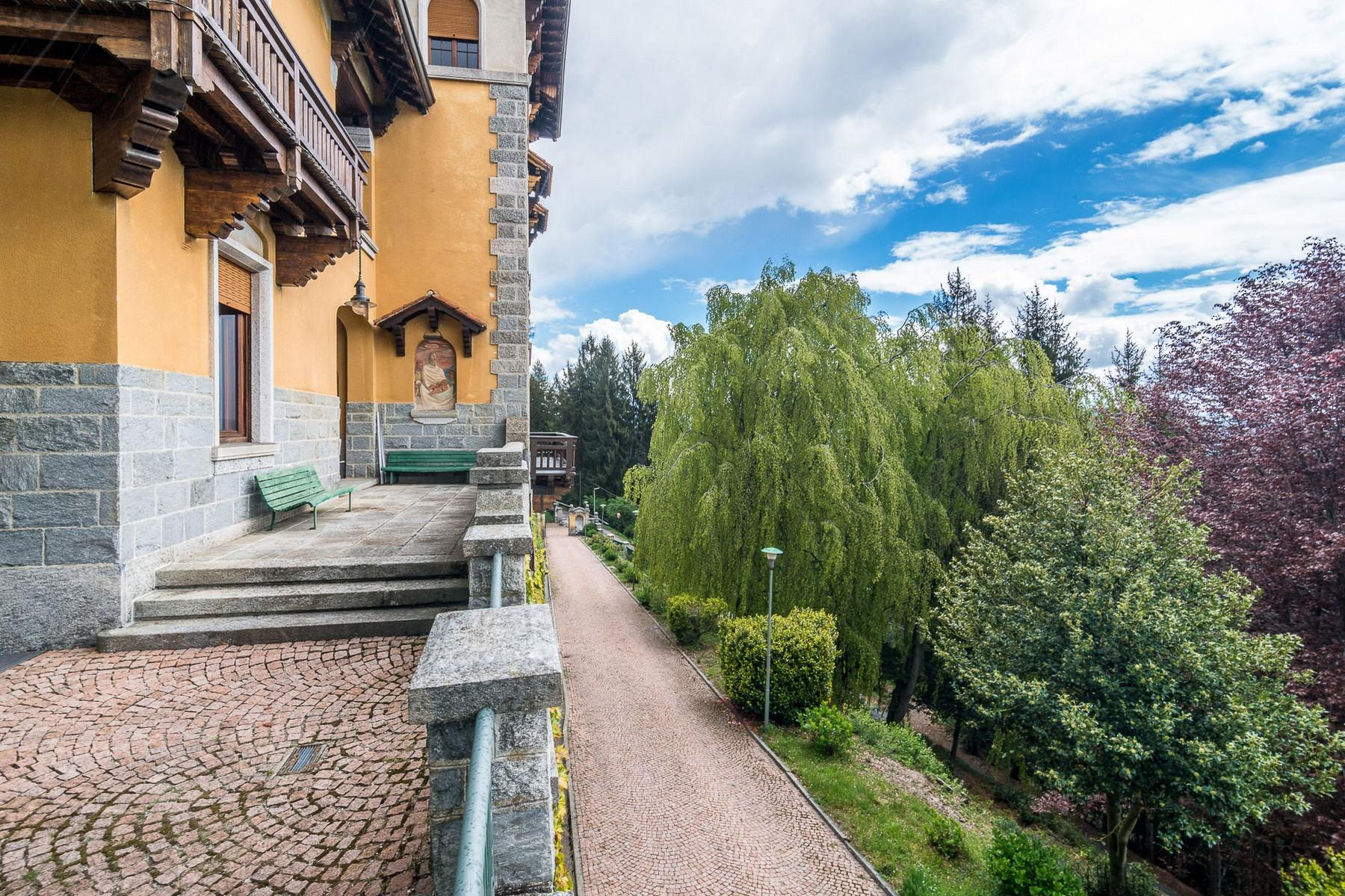 Villa storica in parco centenario sul lago Maggiore - 8