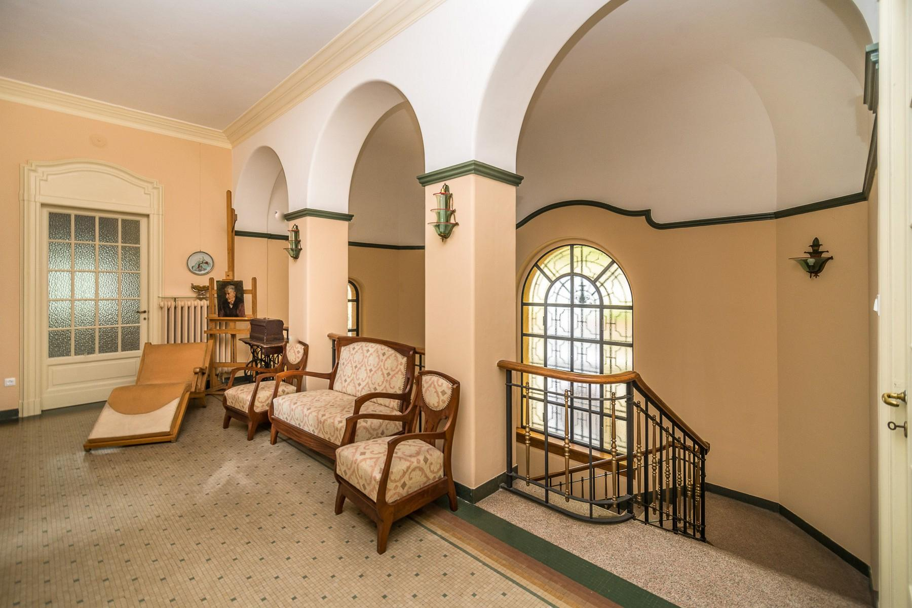 Historische Villa im jahrhundertalten Park am Lago Maggiore - 16