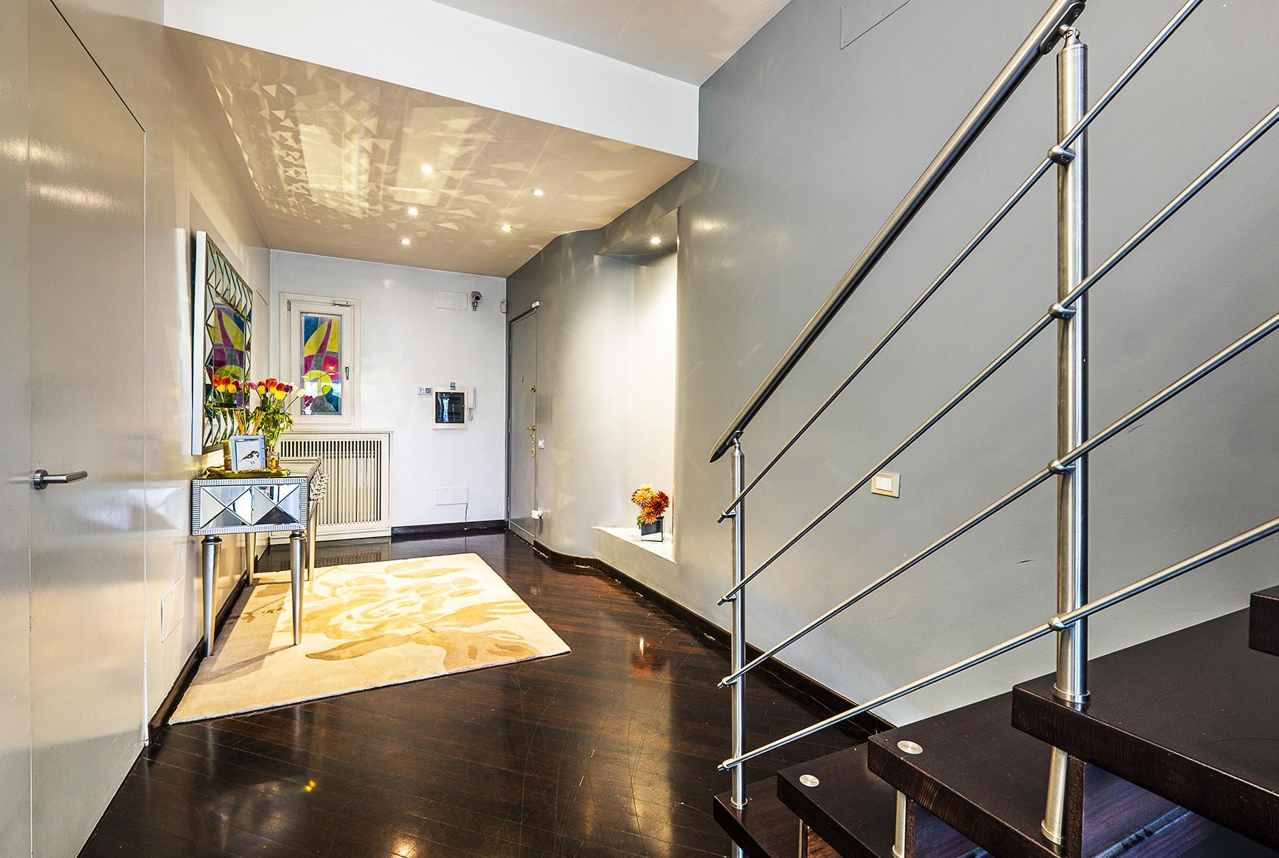 拥有露台敞亮的顶层公寓 - 22
