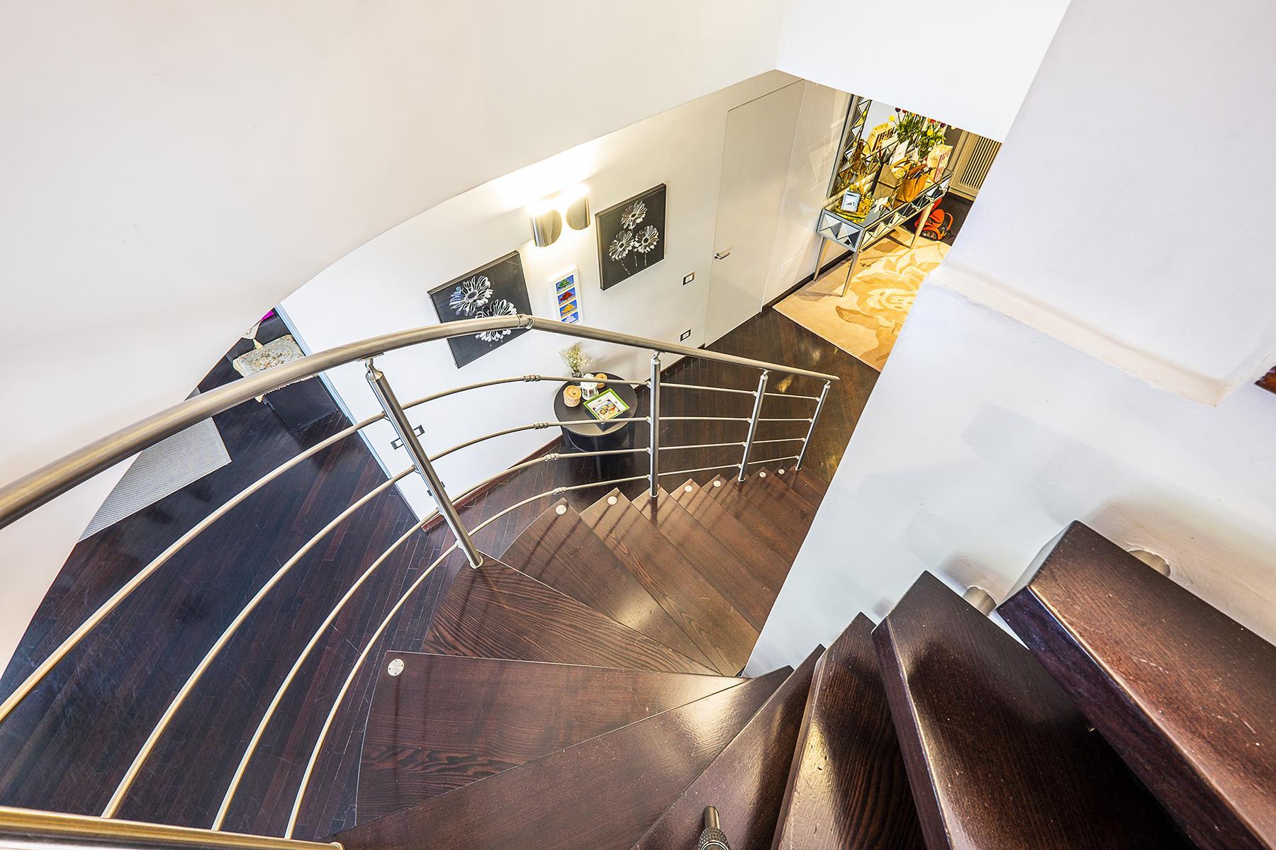 拥有露台敞亮的顶层公寓 - 36