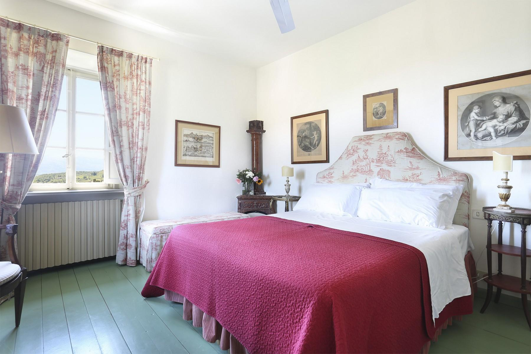 Beautiful villa with swimming pool in the countryside of Lucca - 16