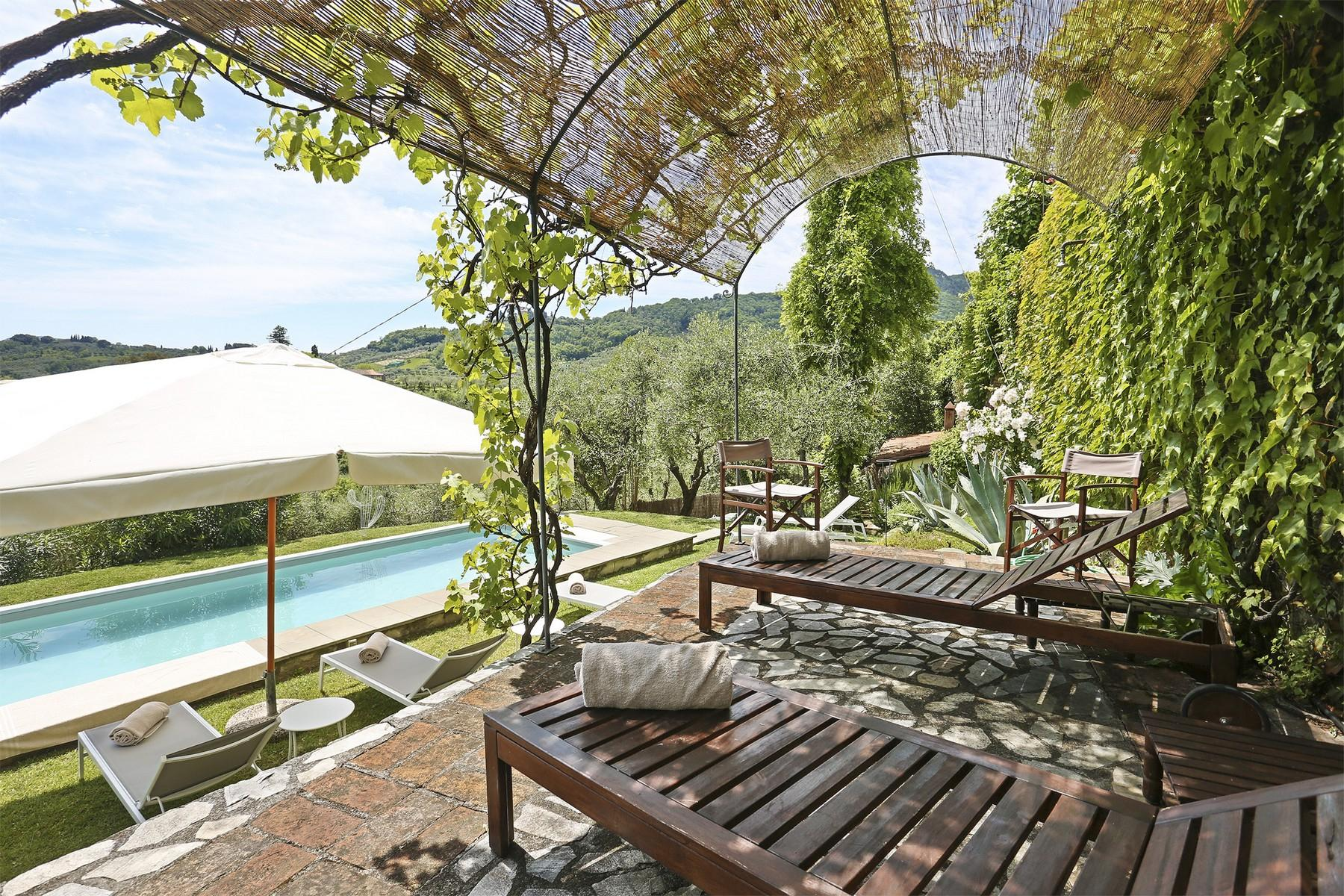 Beautiful villa with swimming pool in the countryside of Lucca - 1