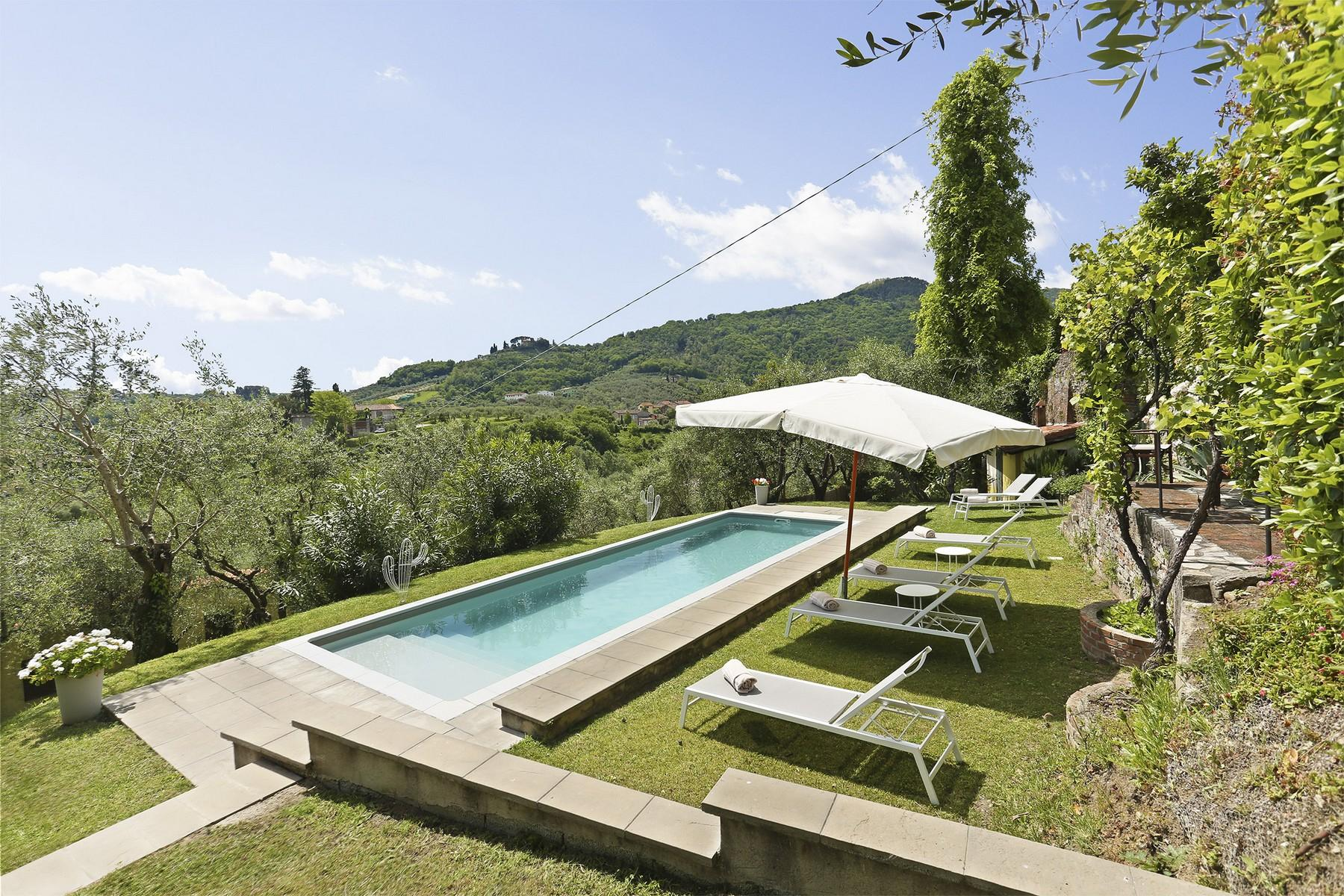 Beautiful villa with swimming pool in the countryside of Lucca - 2