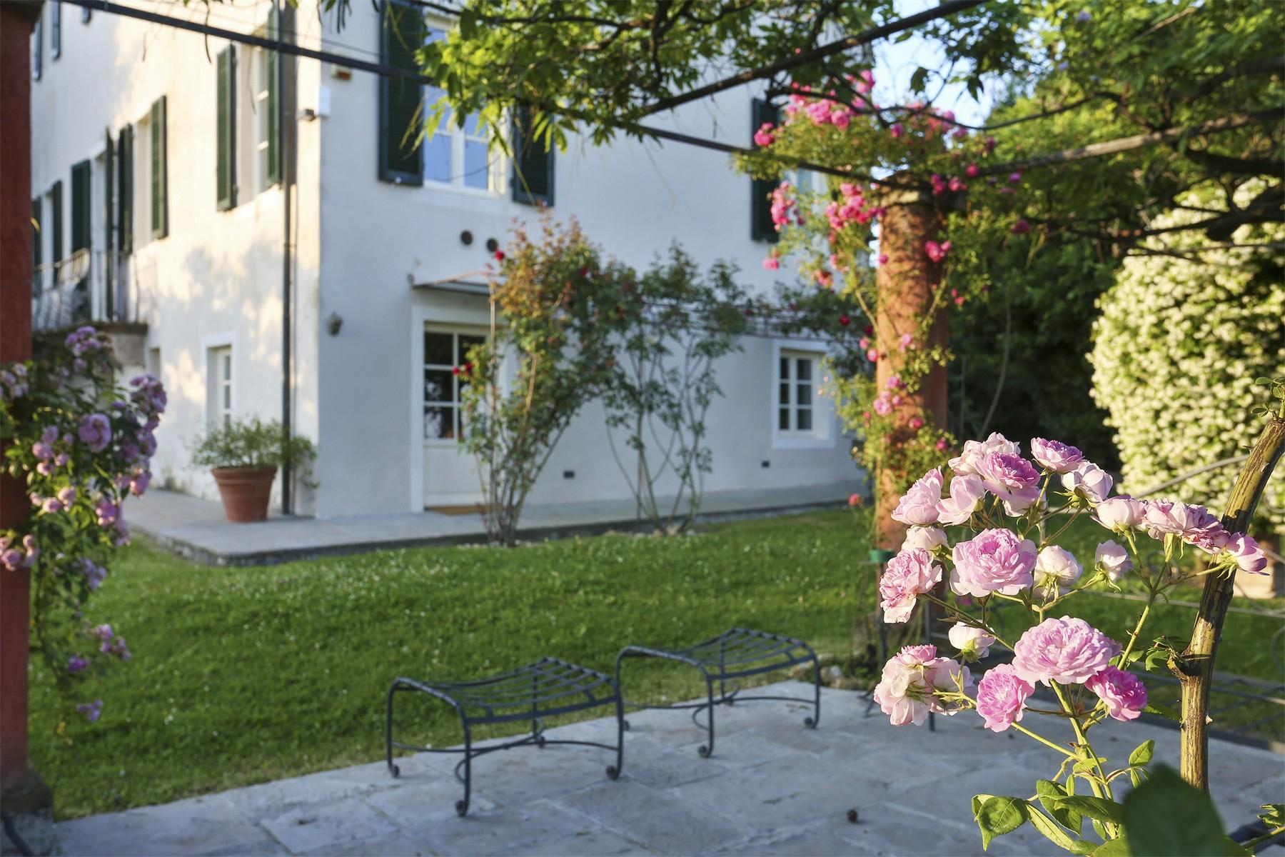 Beautiful villa with swimming pool in the countryside of Lucca - 37