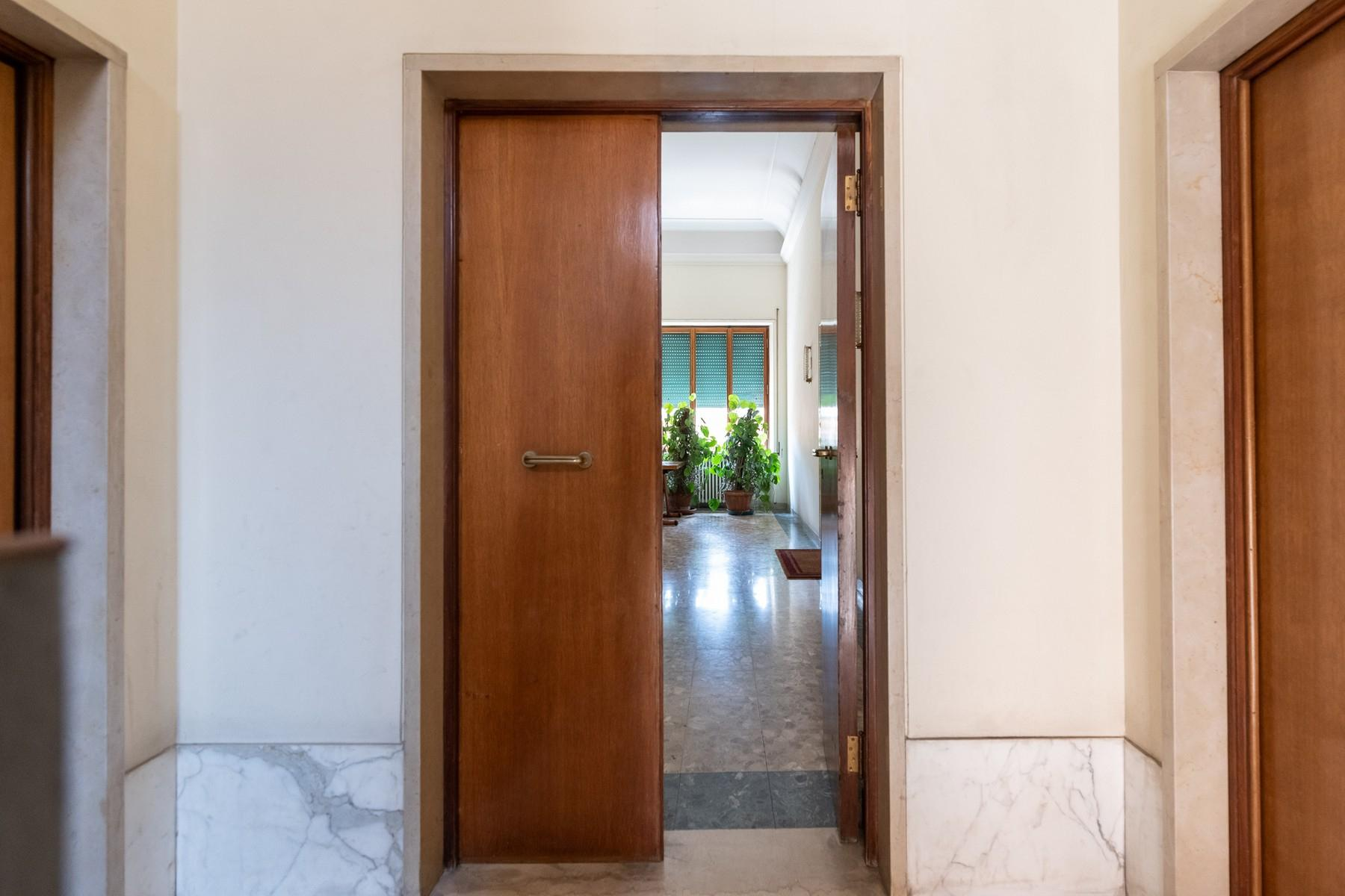 Wide and bright apartment overlooking Villa Borghese - 17