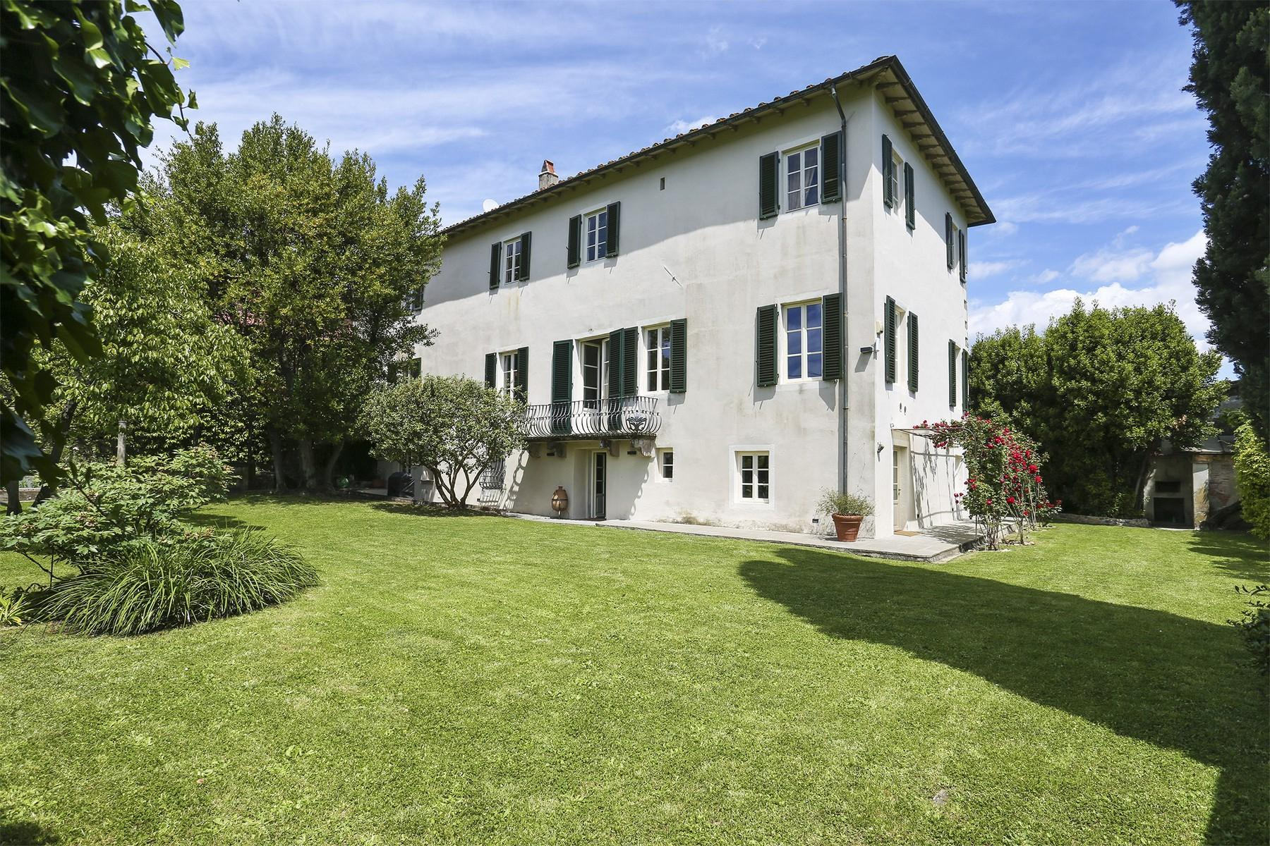 Beautiful villa with swimming pool in the countryside of Lucca - 4