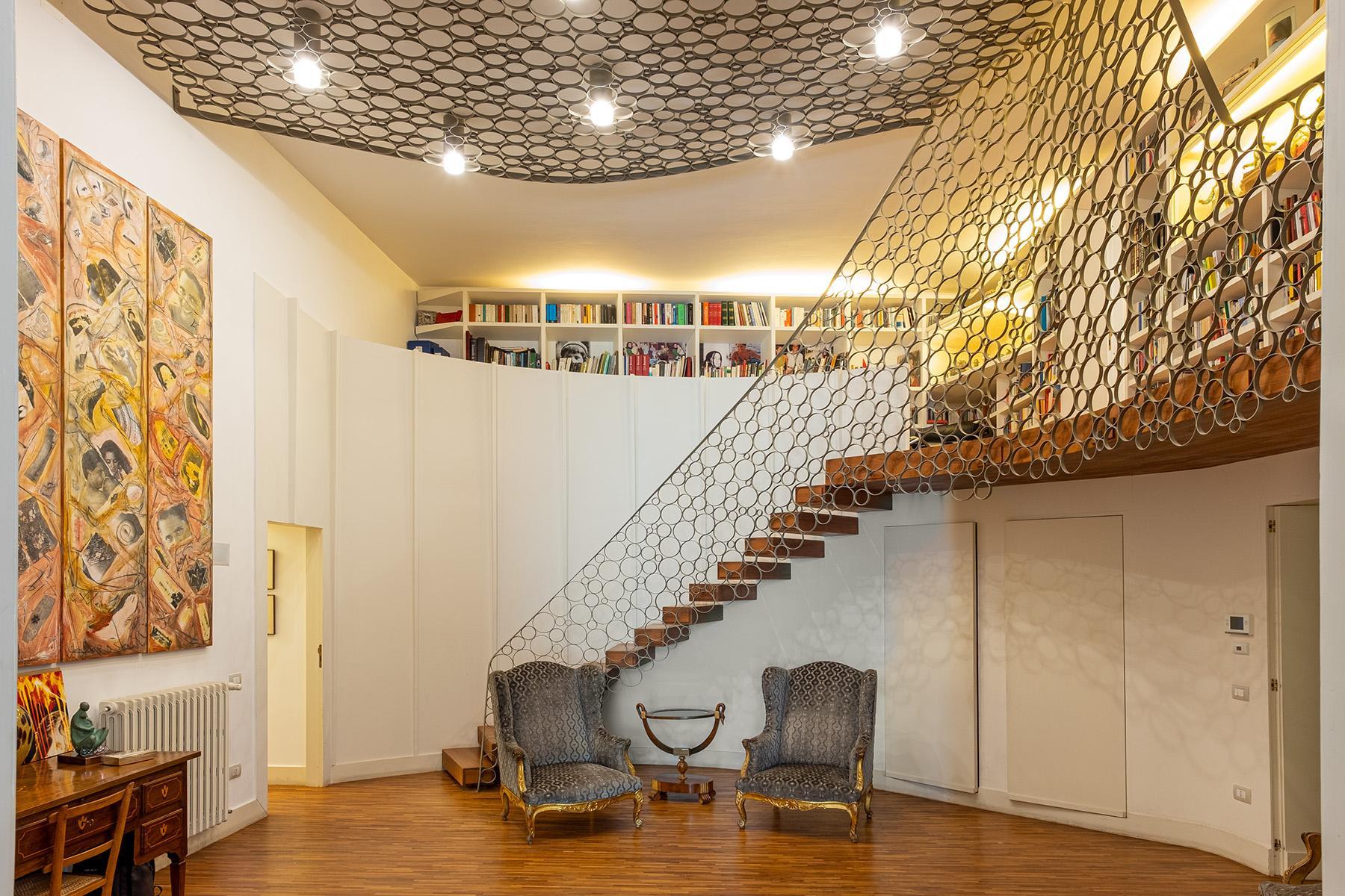 Eklekltische Design-Wohnung mit Terrassen im historischen Palast - 1