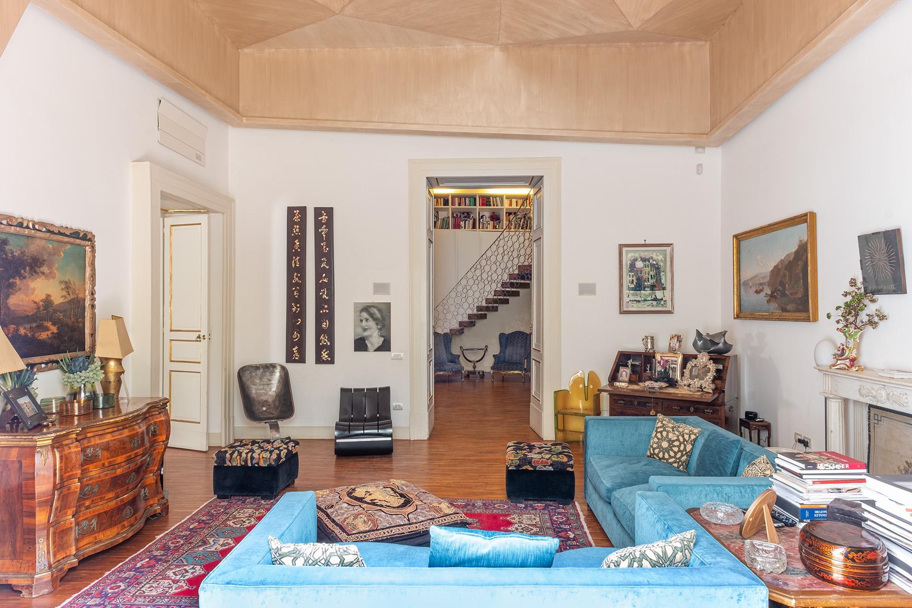 Eklekltische Design-Wohnung mit Terrassen im historischen Palast - 6
