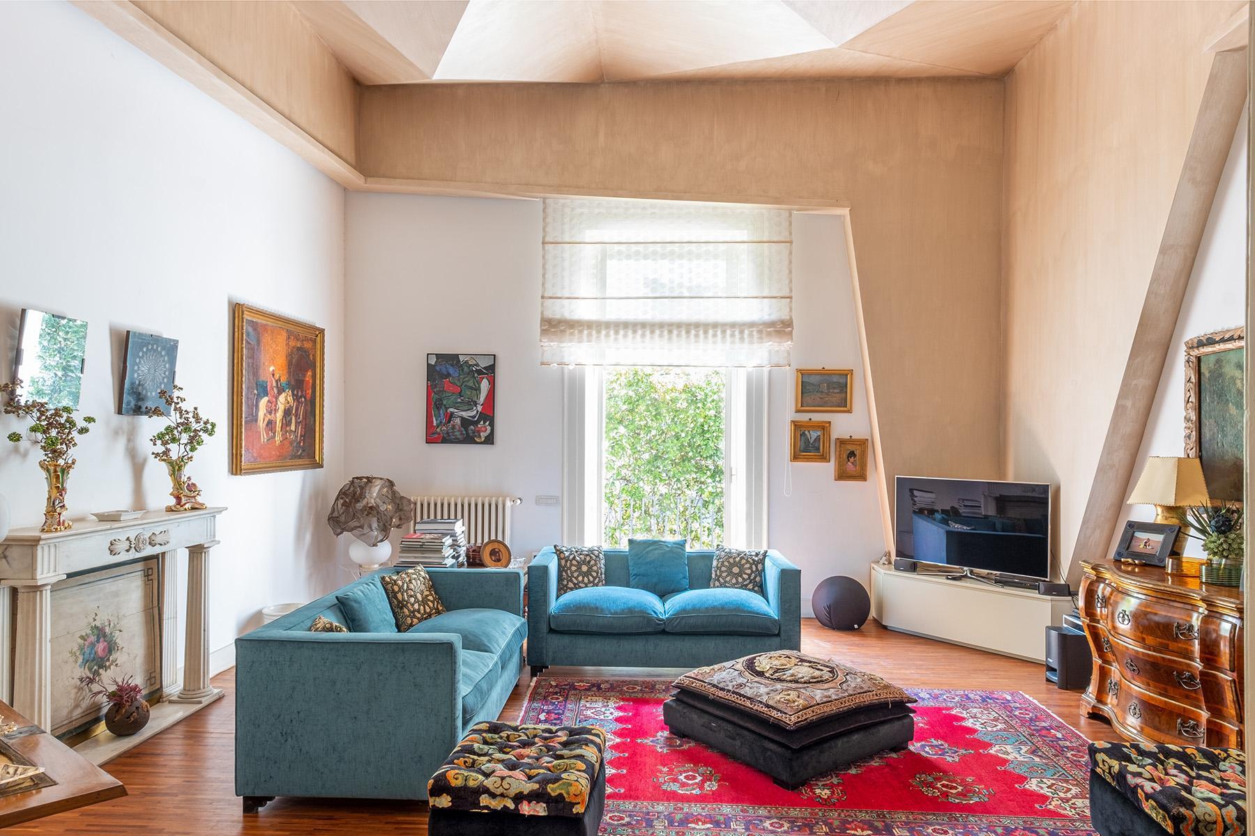 Eklekltische Design-Wohnung mit Terrassen im historischen Palast - 7