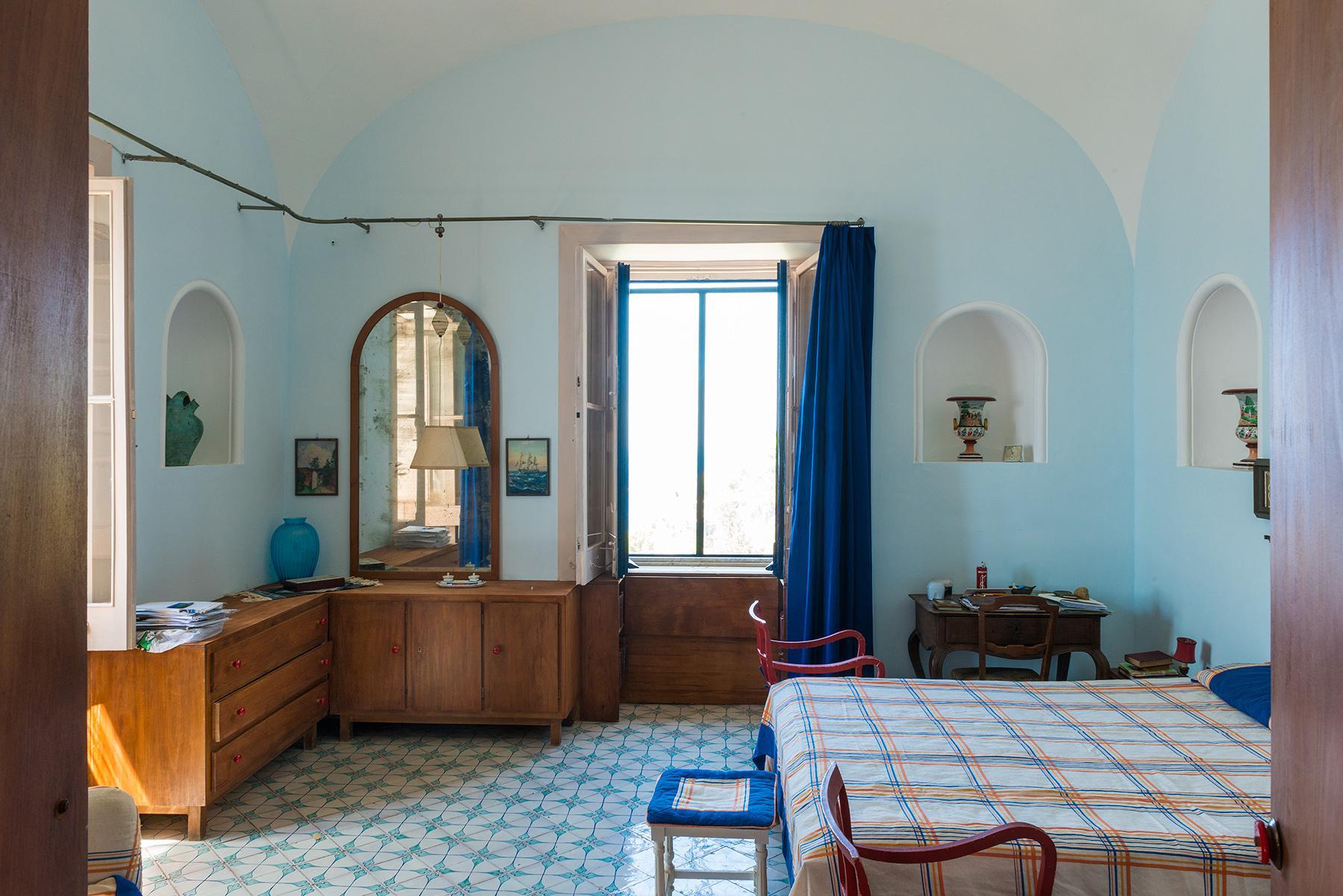 Remarquable villa avec un panorama à couper le souffle sur les rochers de Faraglioni - 27