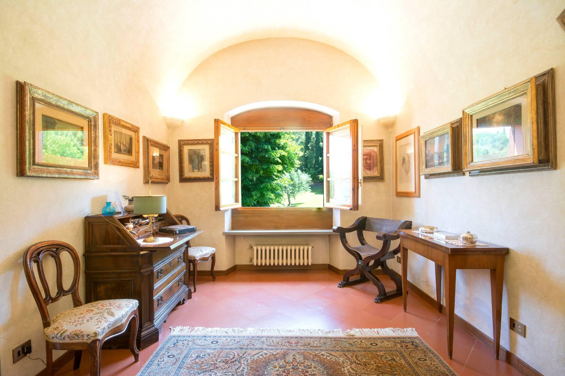 Villa storica con vista su Firenze - 12