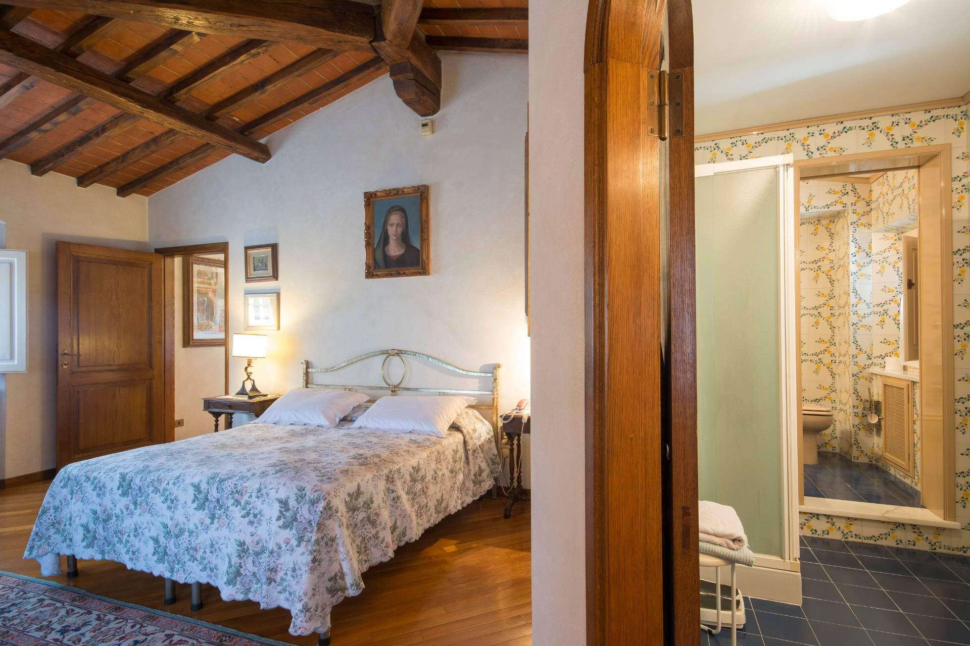 Villa storica con vista su Firenze - 22